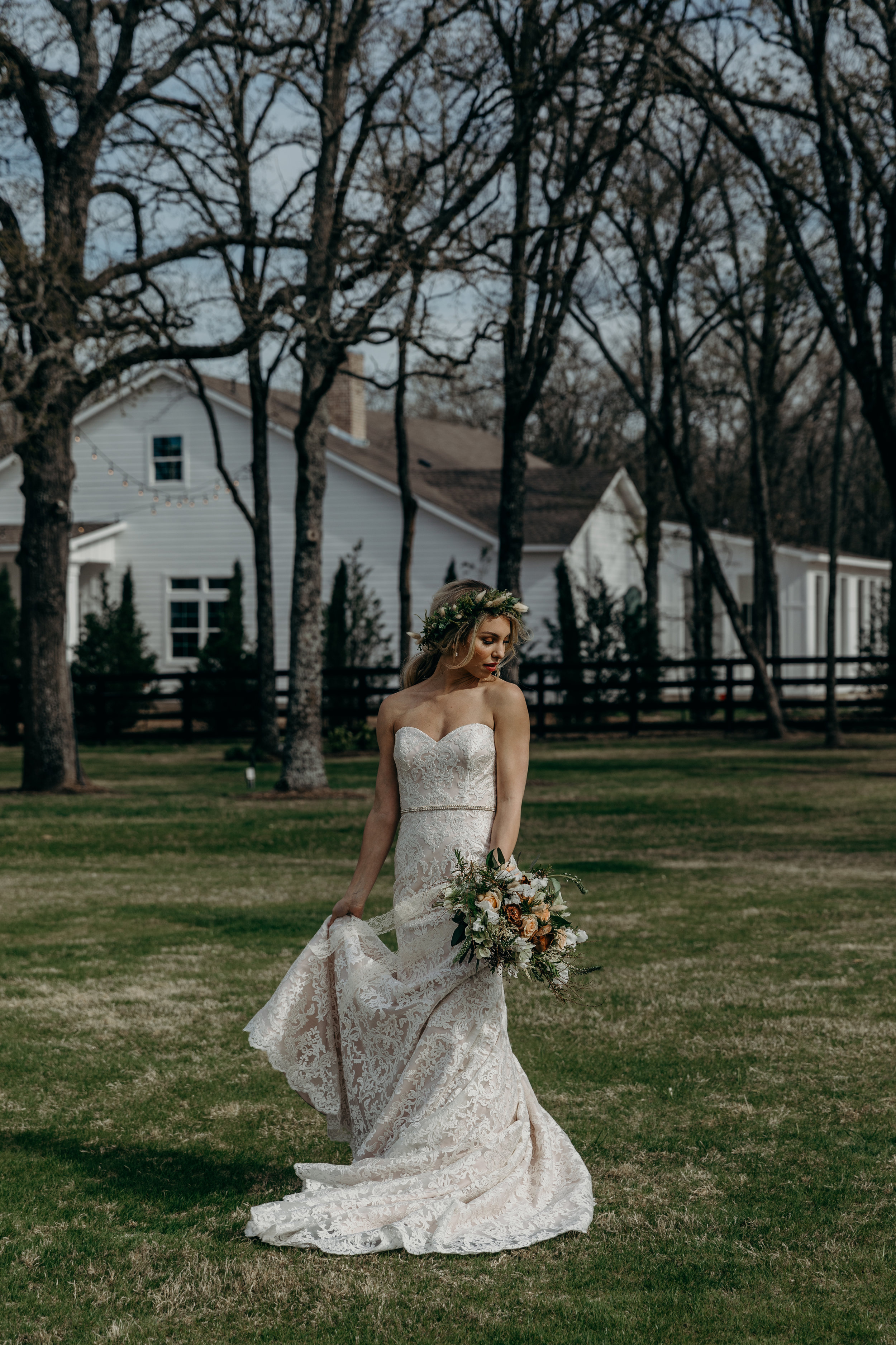 TheWhiteSparrowStyledWeddingShootinTexas-29.jpg
