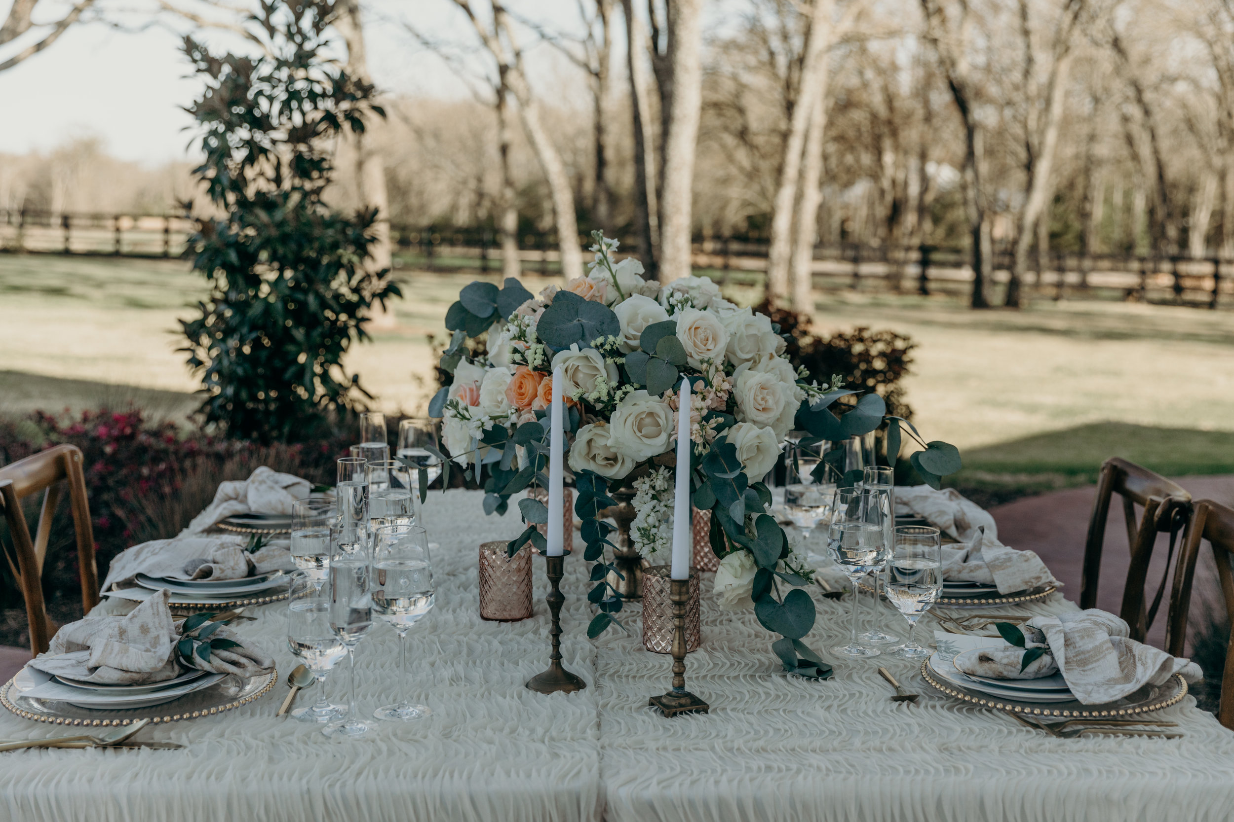 TheWhiteSparrowStyledWeddingShootinTexas-79.jpg