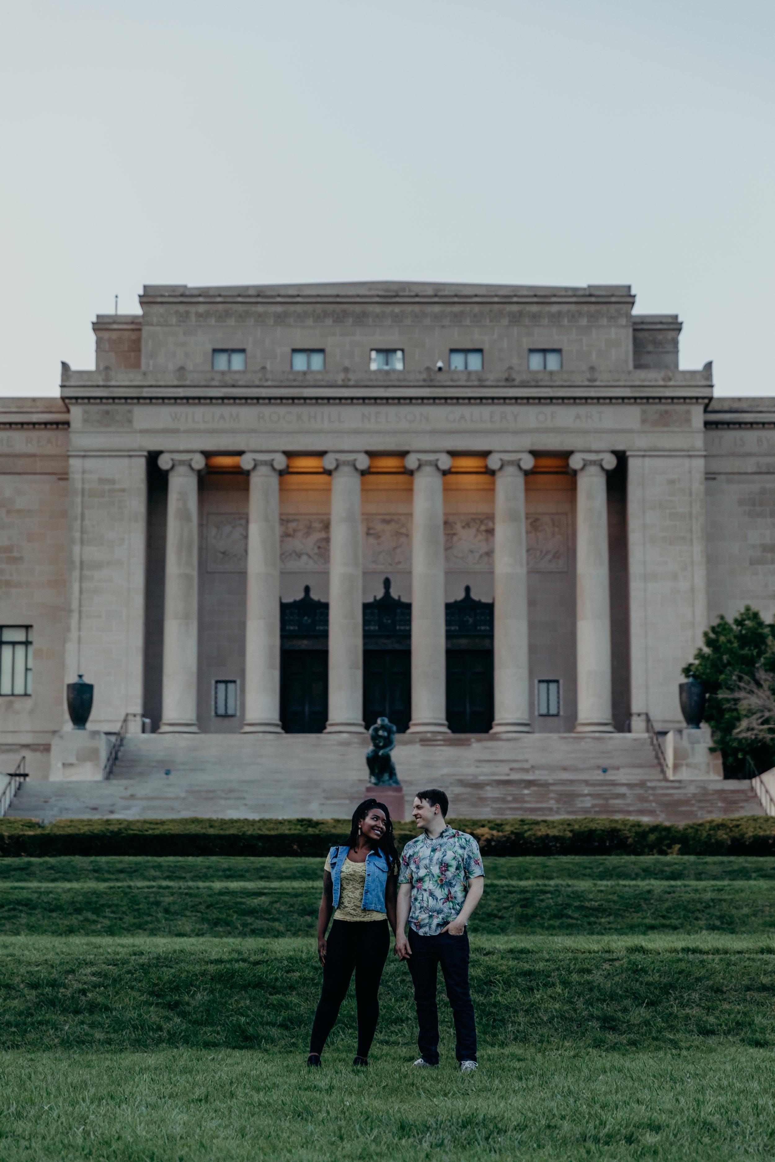 Eric&UgochiCouplesSessionKansasCityNelsonAtkinsMuseum-26.jpg