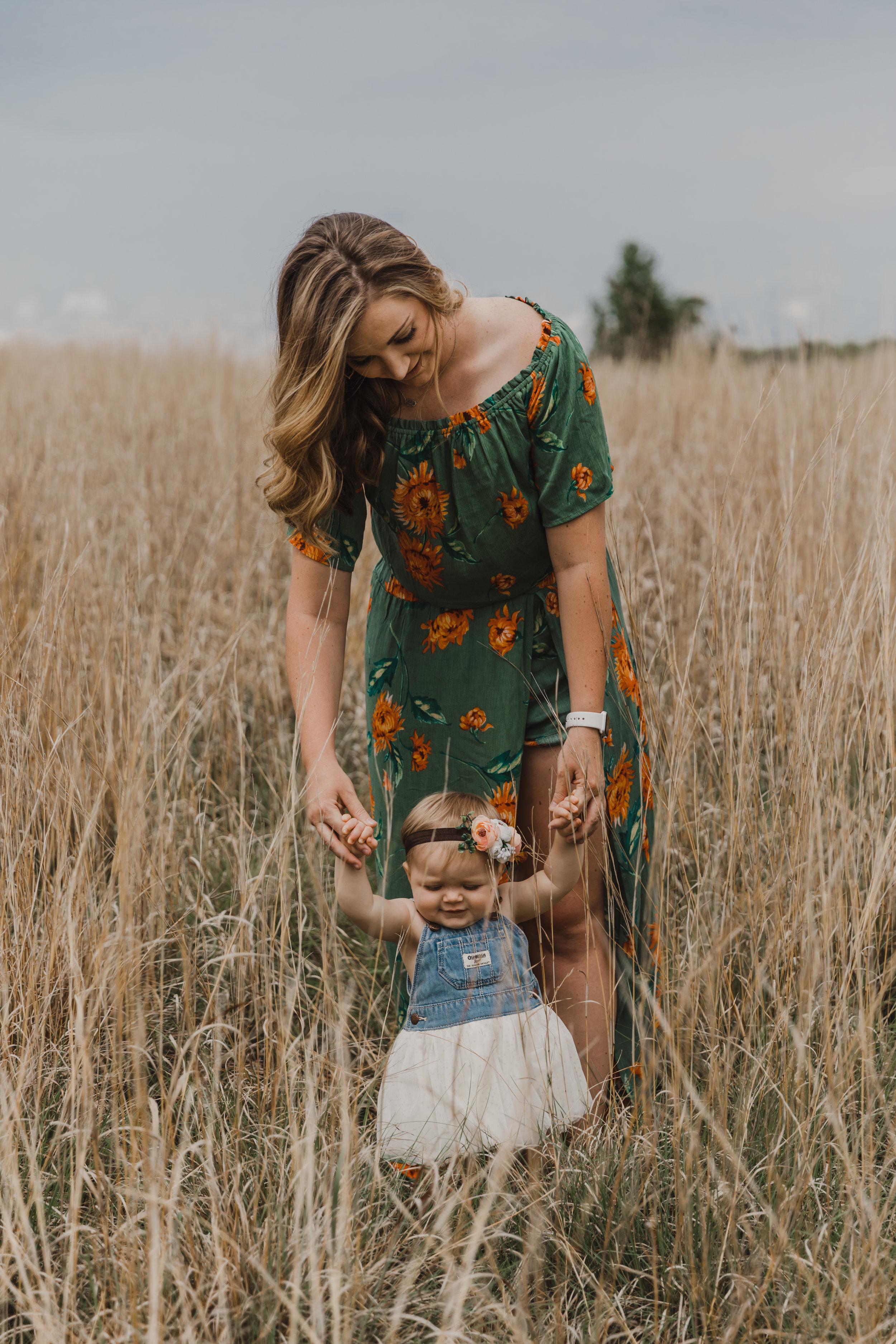 Kelsie&KinleyMommy&MeHeritageParkSession-27.jpg