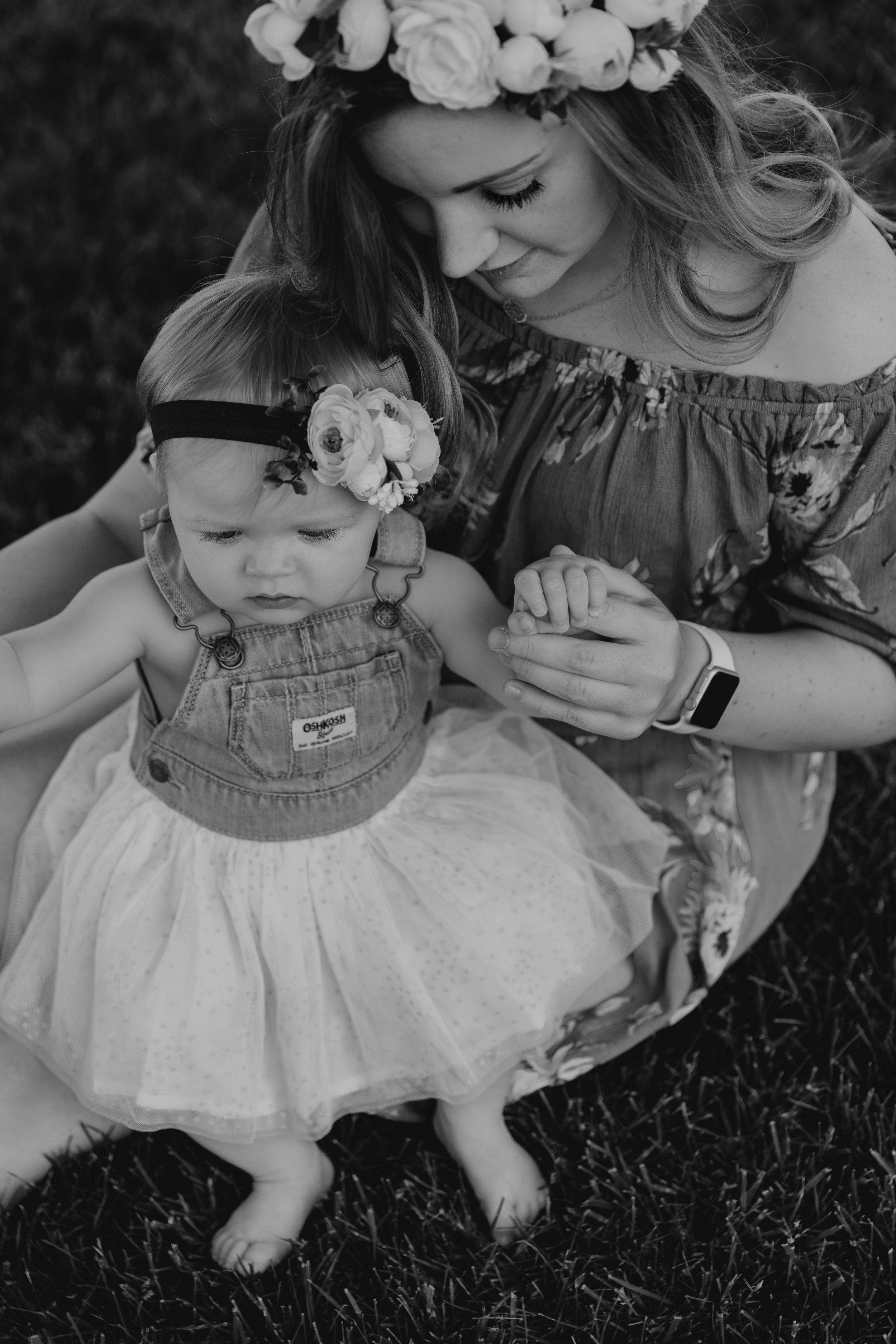 Kelsie&KinleyMommy&MeHeritageParkSession-35.jpg