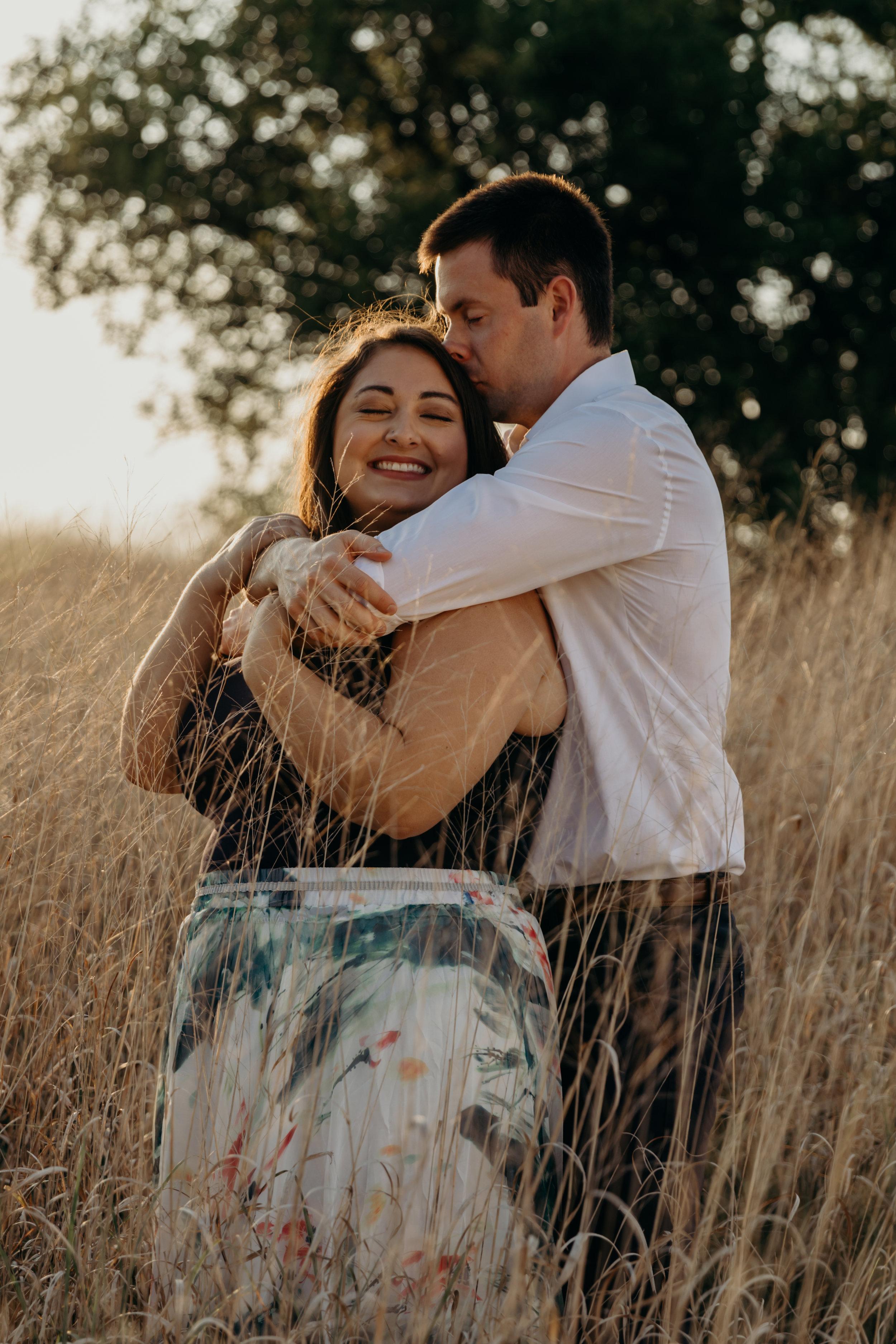 Nicole&MattHeritageParkCouplesSession-12.jpg