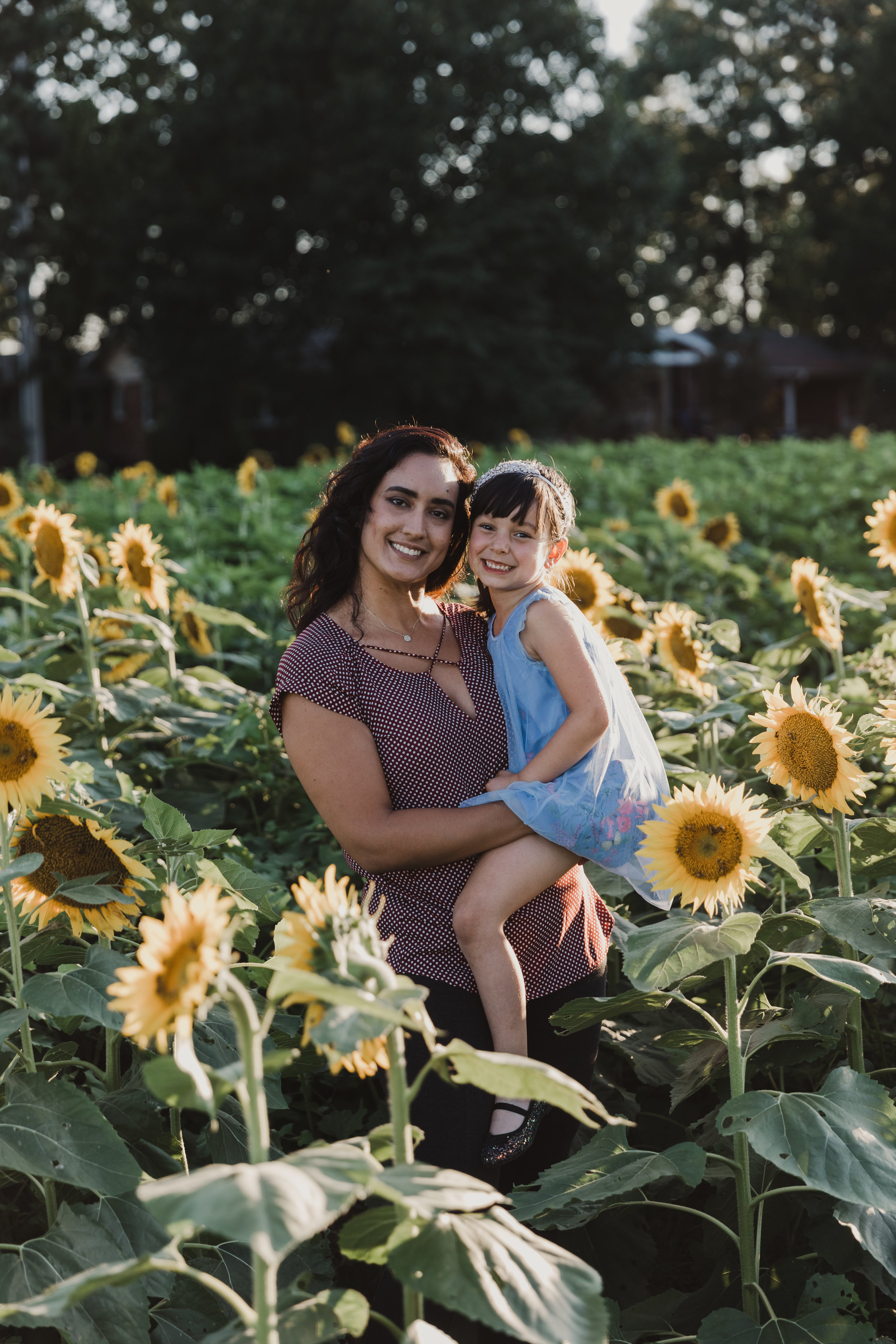 De La Cruz Sunflower Mini Session-25.jpg
