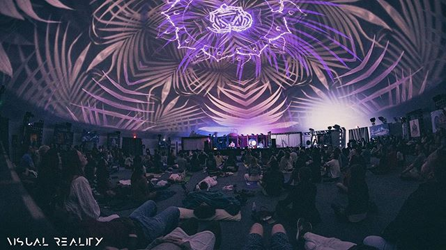 'Equilibrium' - 360 audio/visual meditation collaboration at @wisdome.la where we explore the polarities of life and bring them back into balance through our sounds and visuals. From 8.22.19 Meditation experience at @wisdome.la 🎶⭐️🎶 @Divasonic, @torkomji and @dprogrammers @visualrealitymeditation 🎶⭐️🎶 #soundhealing #soundmeditation #audiovisual #multimedia #multisensory #360 #dome #wisdome #losangeles #exploration #collaboration