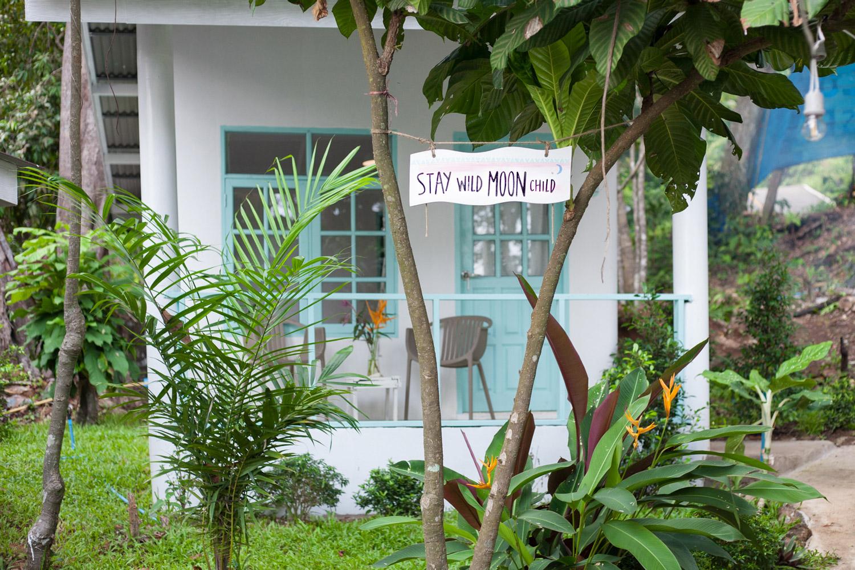 Indie_beach_bungalows.jpg