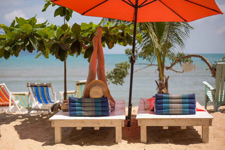 Indie_beach_koh_chang_thailand.jpg