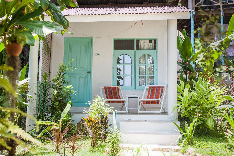Indie_beach_kohchang_bungalow_thailand.jpg