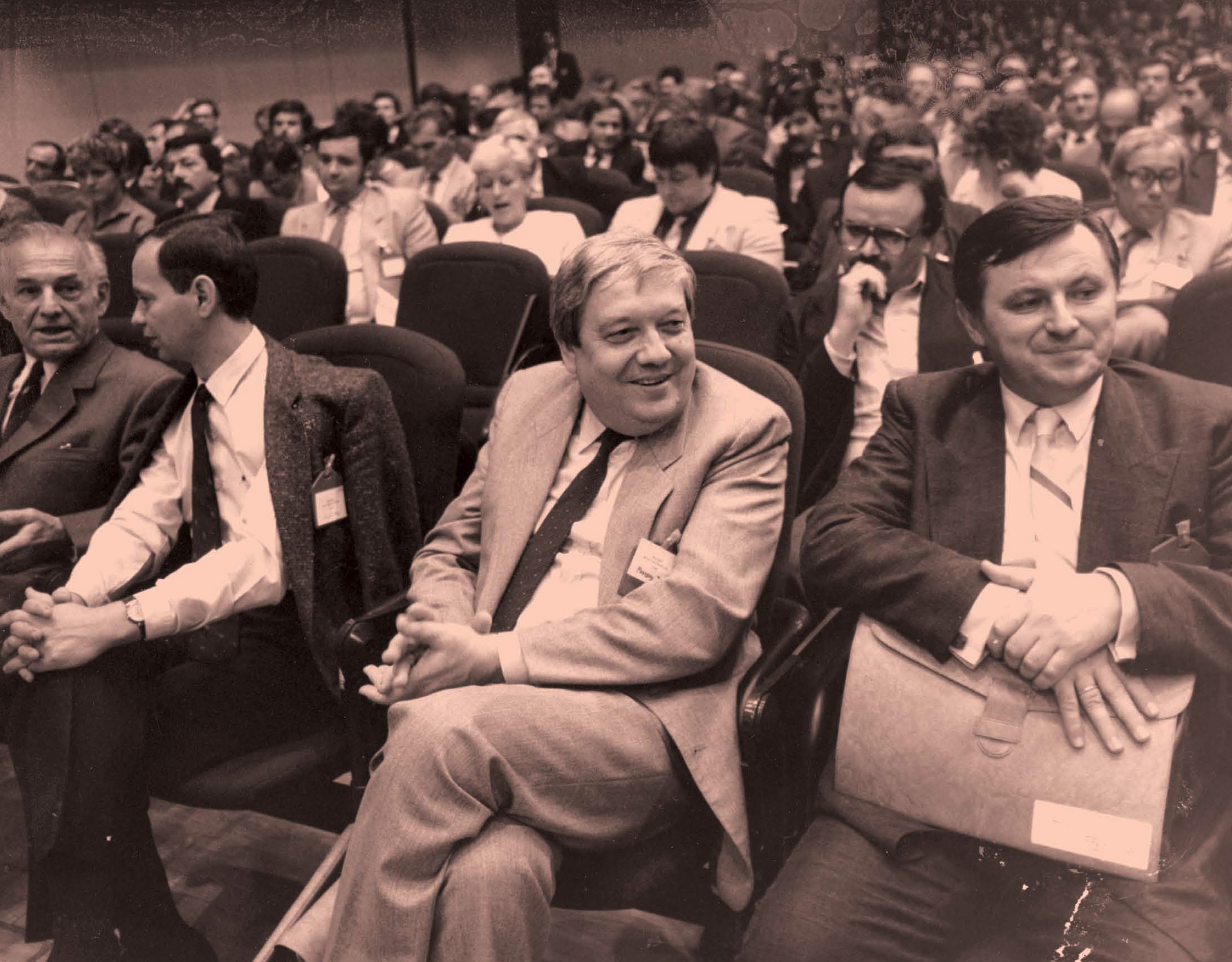 The round table meets in Budapest in the second half of 1989 to negotiate the new political order in Hungary.