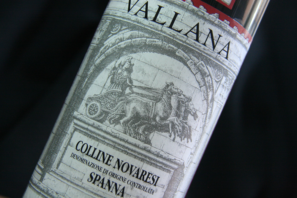 Vallana's label commemorates the Roman general Catulus, who guided a victory in 101 AD in the nearby Raudian Fields