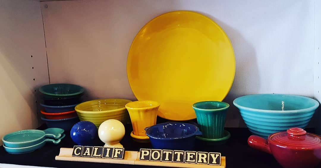 - Mid Century California pottery is all the rage. Especially such notable designers as Bauer and Catalina Island Pottery as shown here. Come see what's new this week.