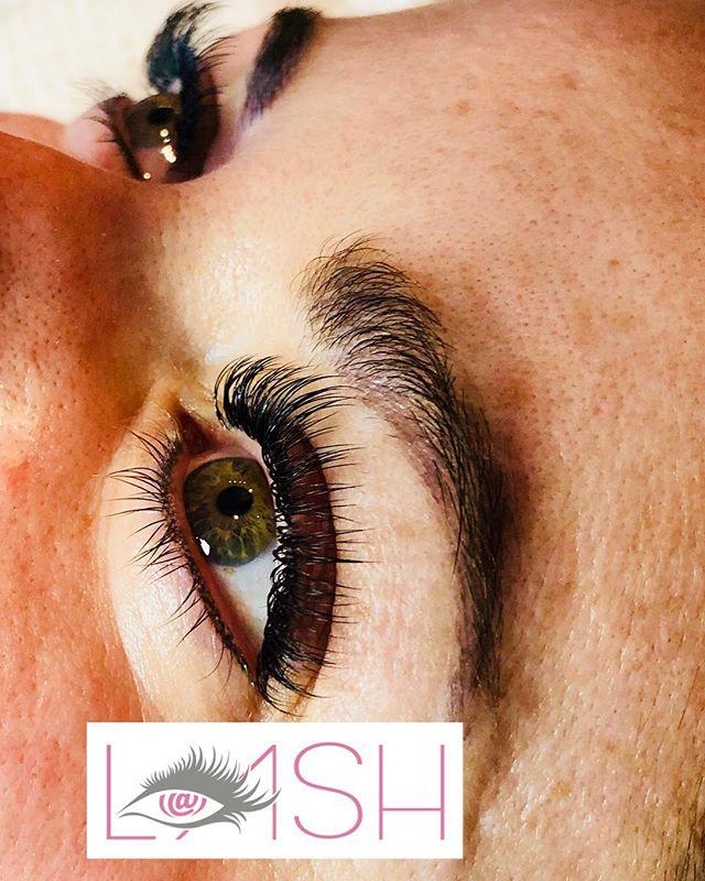 www.atlashnashville.com 🗣🗣🗣🗣Last minute Training model needed 2p tomorrow 4/2/2018 ‼️‼️‼️‼️‼️Hurry and email: ‼️‼️‼️‼️‼️Hereatlash@Gmail.com . ✨Training available ✨ . . #atlashnashville #lashtraining #nashville #eyelashes #eyelashextensions #minklashes #classiclashes #volumelashes #hybridlashes #bottomlashes #wax #brows #microblading #ombrebrows
