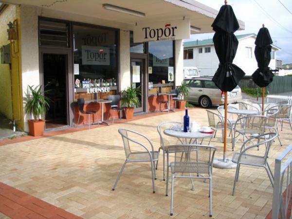 Topor Bistro - 3 Beach Rd, Plimmerton, Wellington