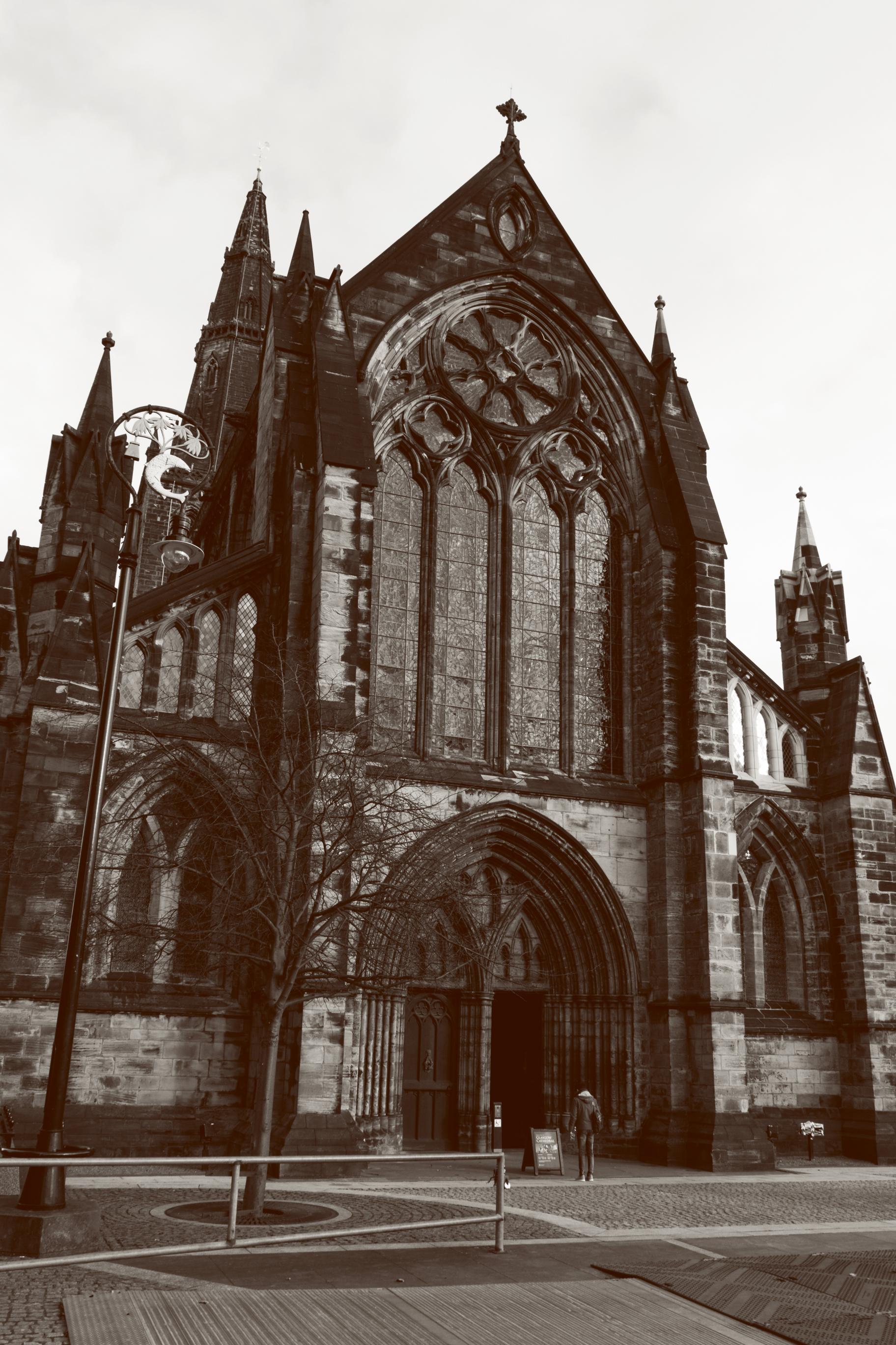 Glasgow_cathedrail2.jpg