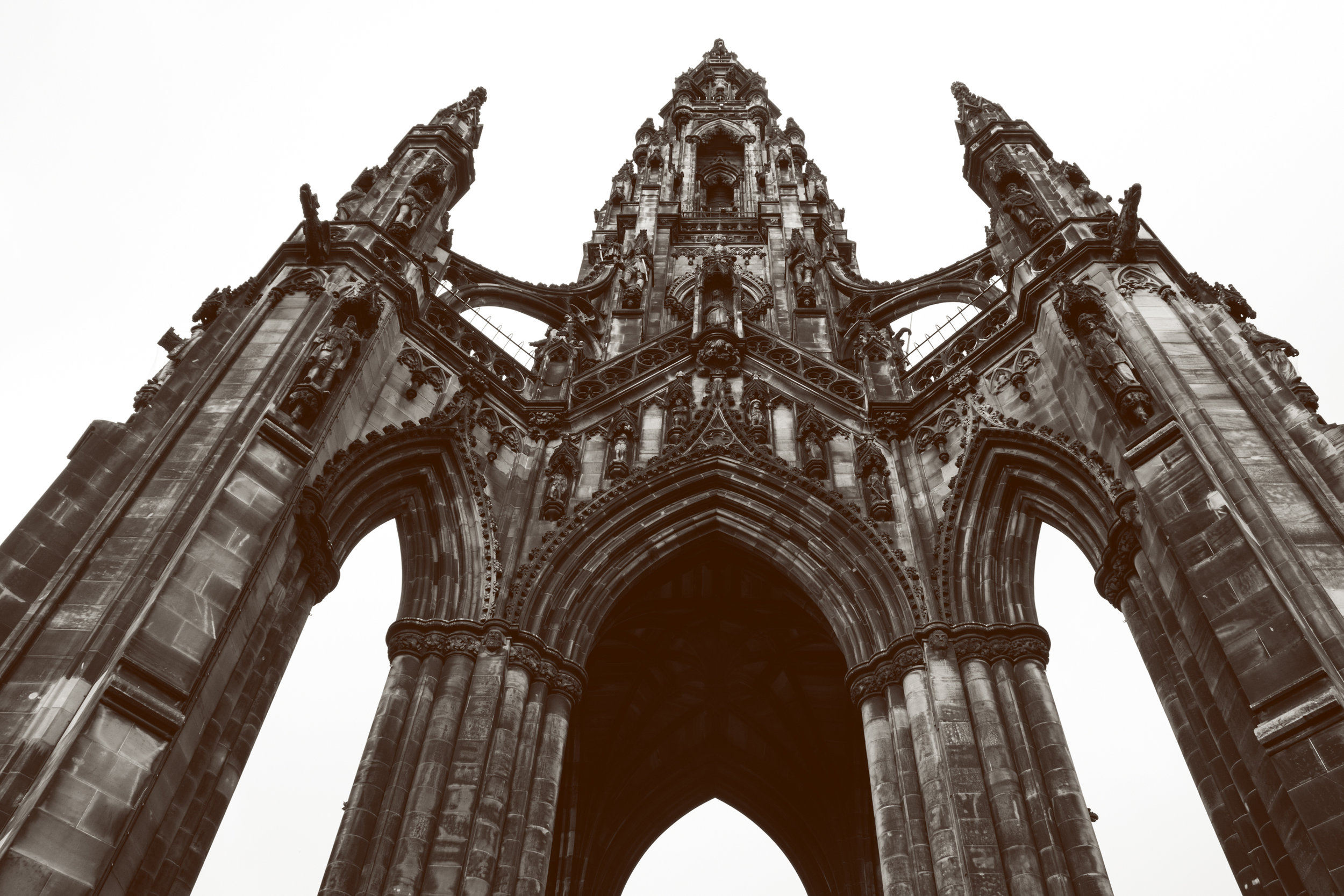 Edinburgh_scotmonument3.jpg