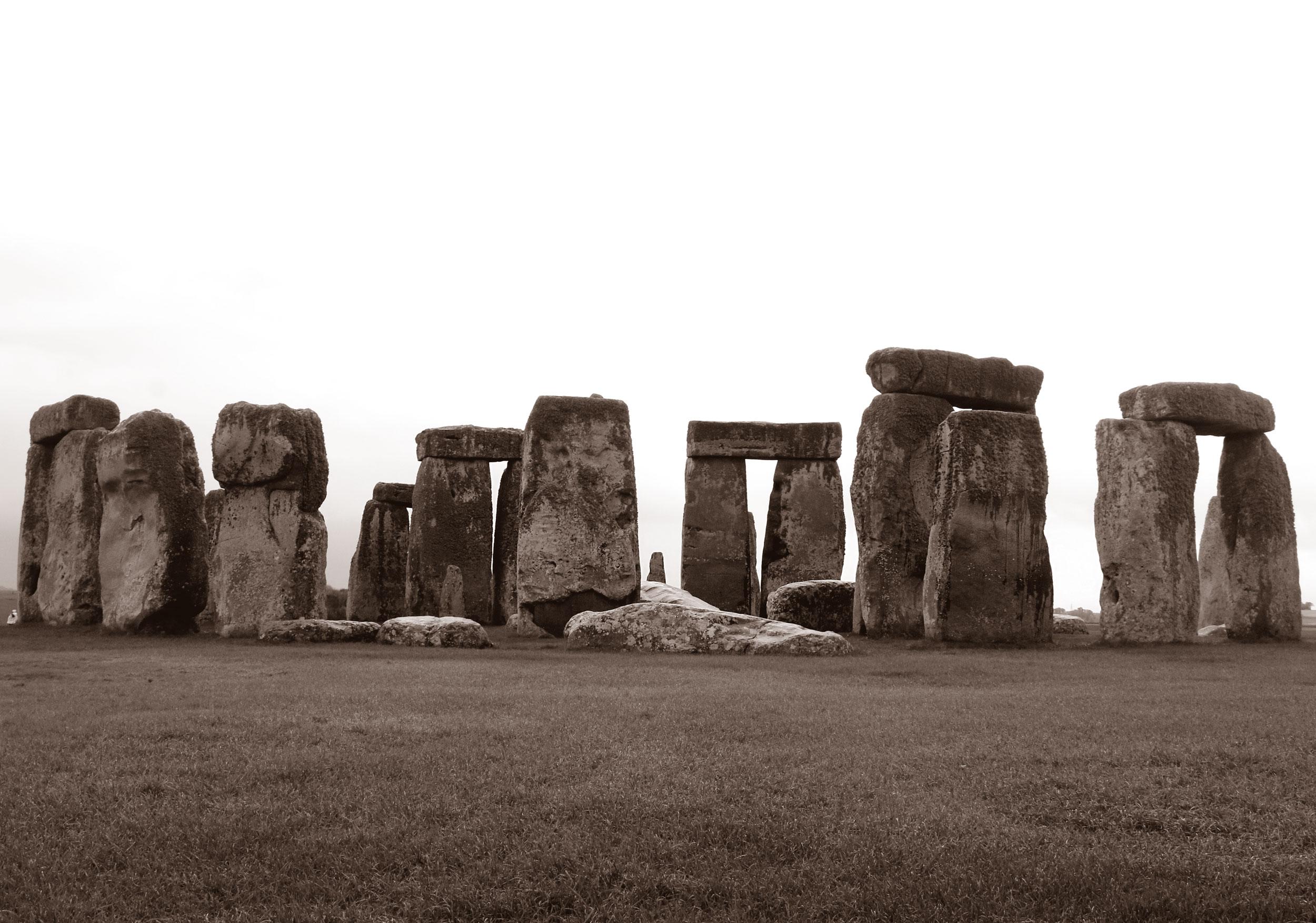 Stonehenge_duo_web.jpg