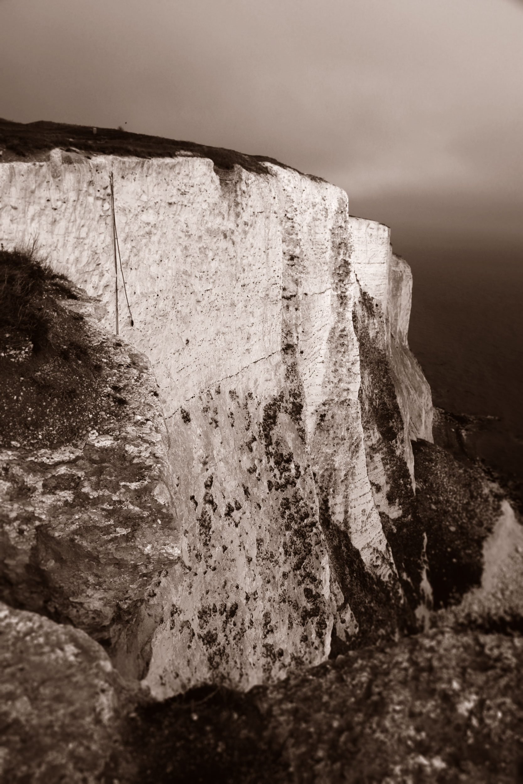White-Cliffs4_duo_web.jpg