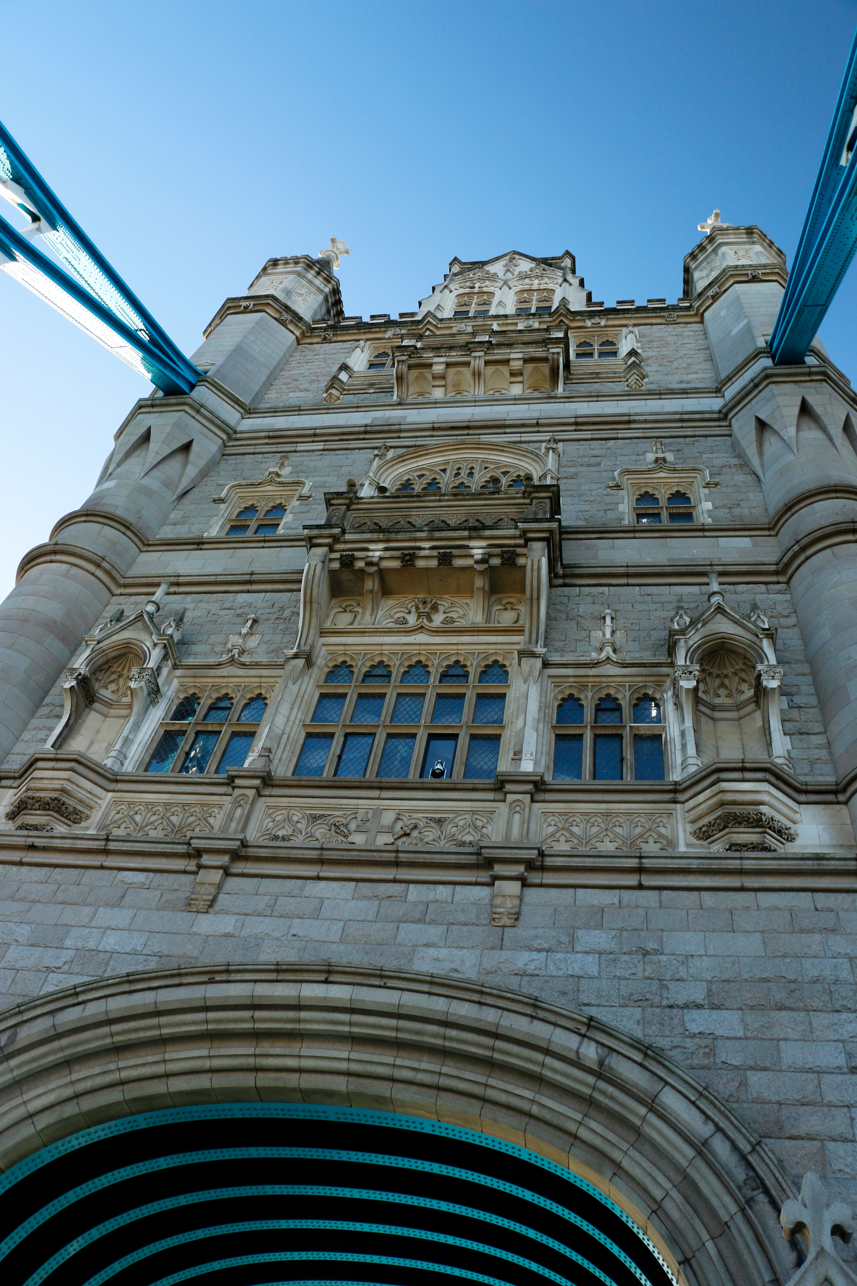 London-tower-bridge3_web.jpg