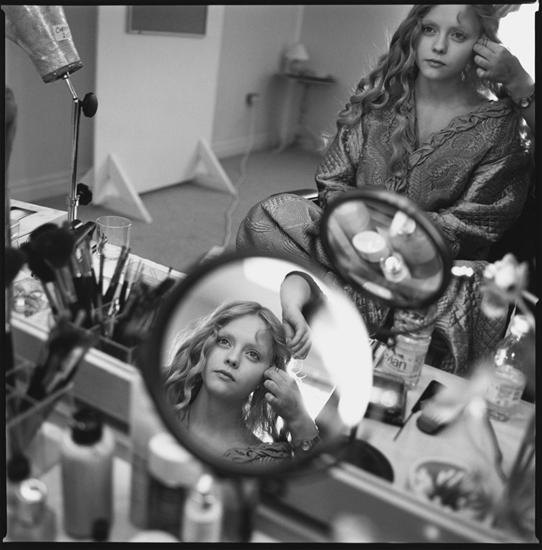Mary Ellen Mark Seen Behind The Scene 40 Years Of Photographing On Set Weinstein Hammons Gallery