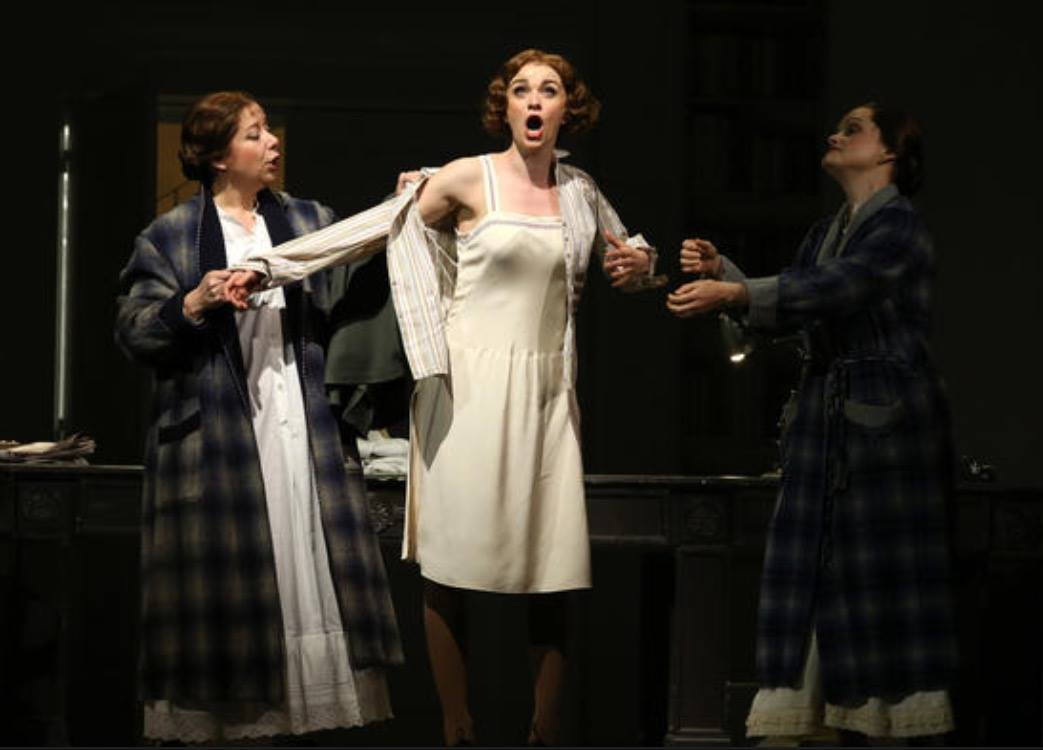 Lisa O'Hare  as Eliza Doolittle in Chicago Lyric Opera's MY FAIR LADY