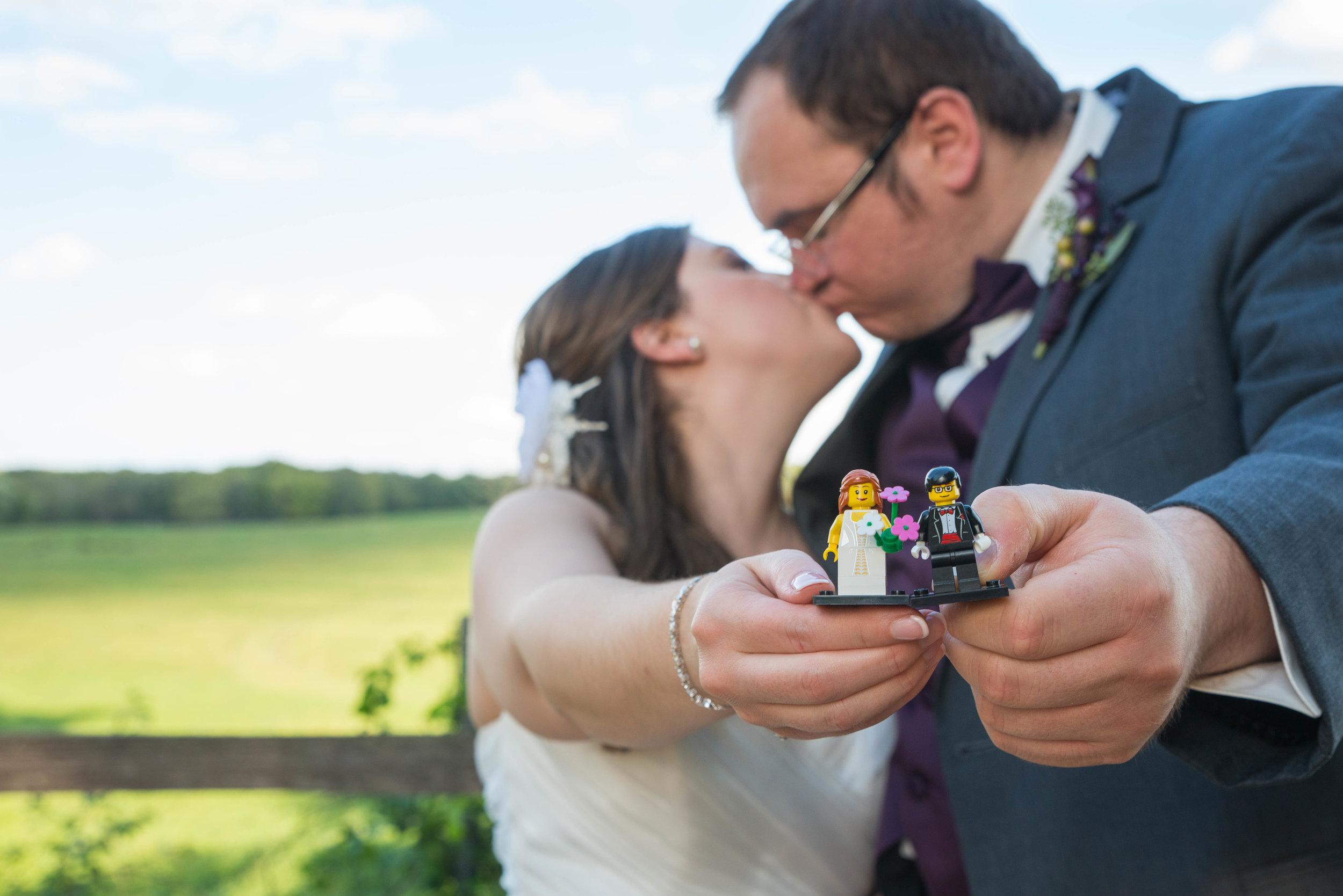 Jon & Ashlee: Married September 17, 2016.
