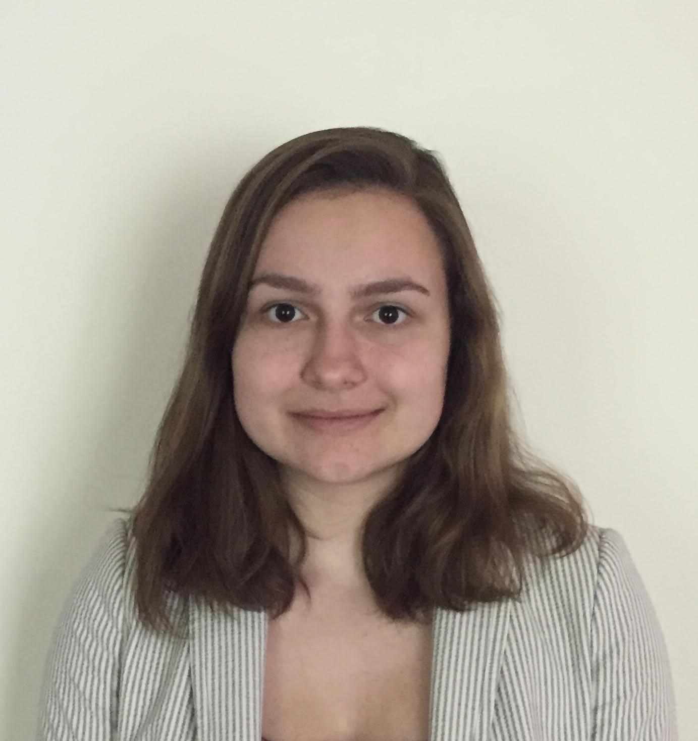 Summer 2017 Stipend Recipient Bella Roussanov '19