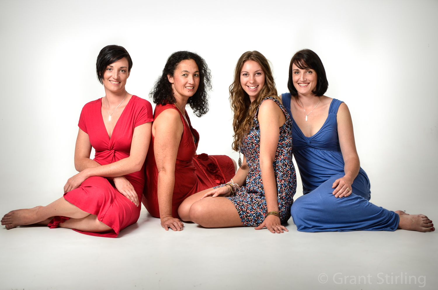 3 daughters & Mum-9844.jpg