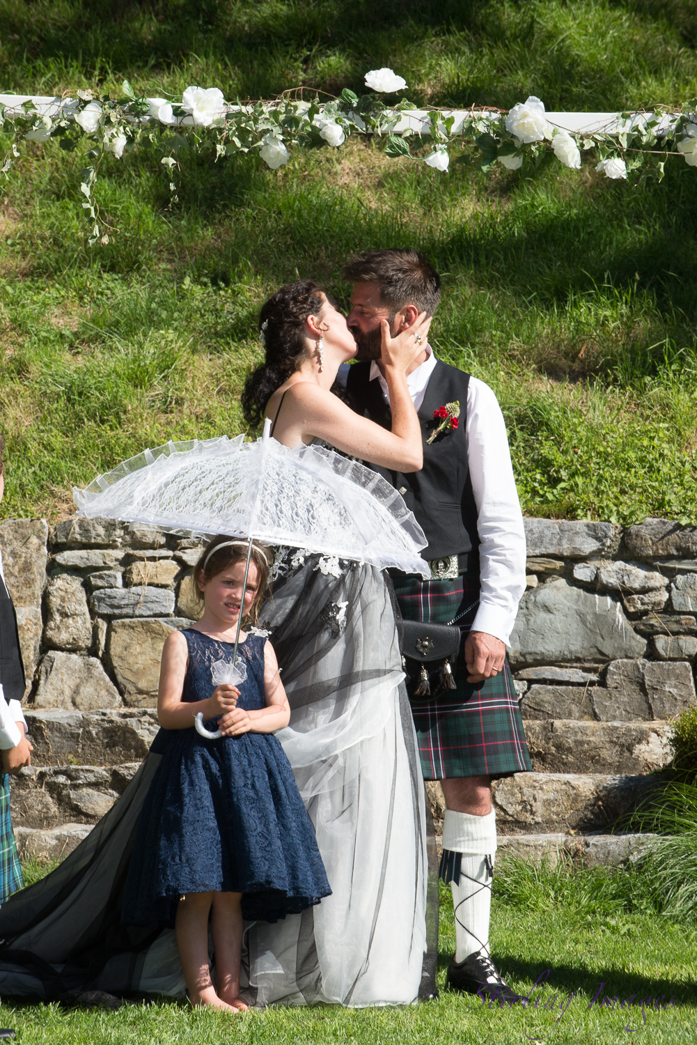 Wedding photography by Nelson wedding photographer Grant Stirling