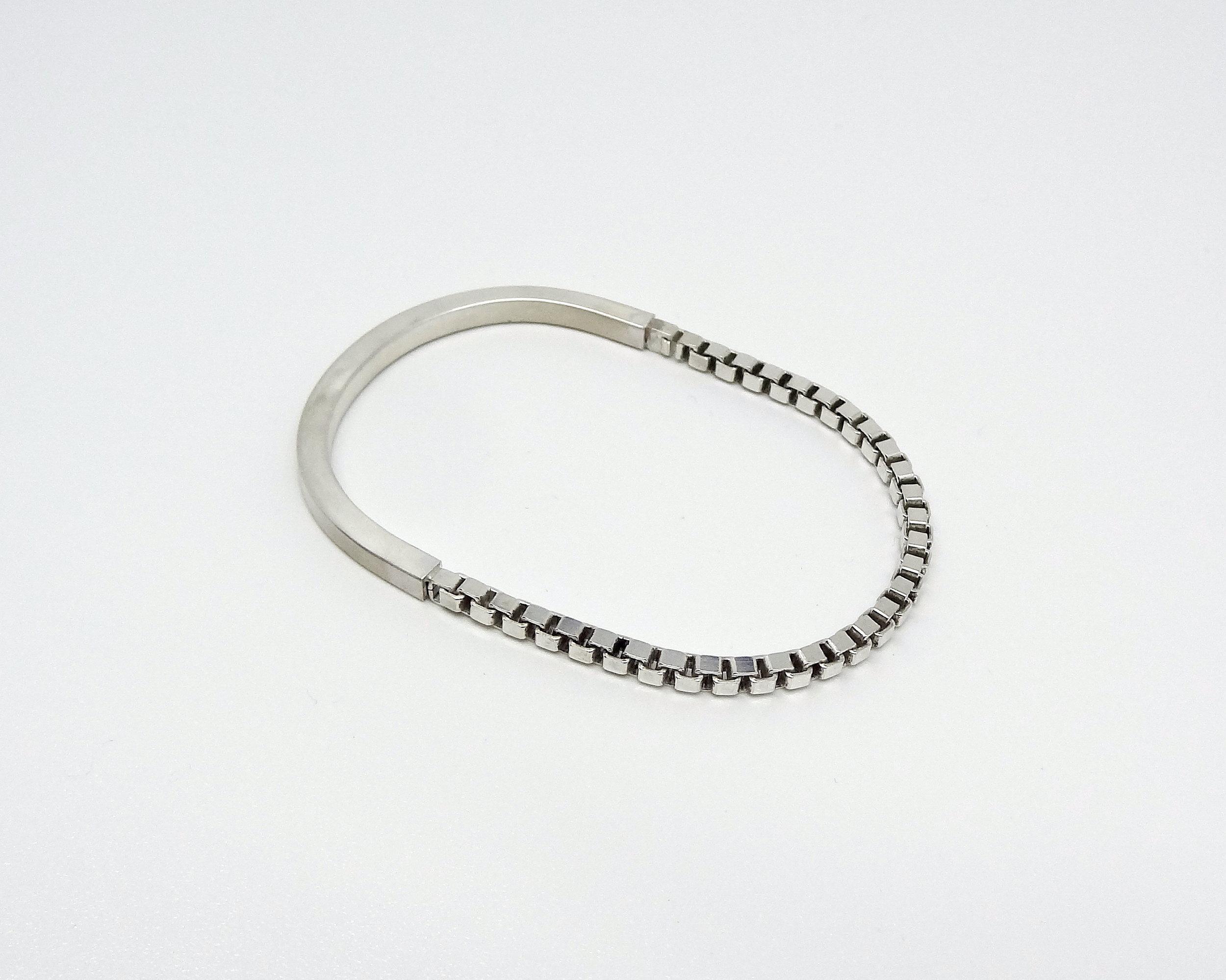 bracelet chain and tube angle.JPG