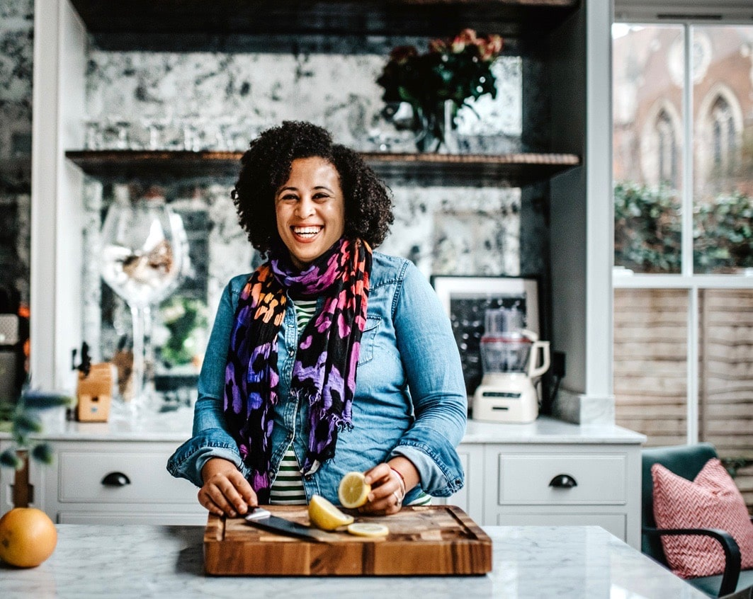 - Le'Nise Brothers is a nutritional therapist, women's health, hormone and menstrual coach, yoga teacher and founder of Eat Love Move.Le'Nise works primarily with women who feel like they're being ruled by their sugar cravings, mood swings and hormonal acne & bloating.They want to get to grips with heavy, missing, irregular & painful periods, fibroids, PMS, PCOS, endometriosis, post-natal depletion and perimenopause.Want to connect with Le'nise check out her website or connect via Instagram