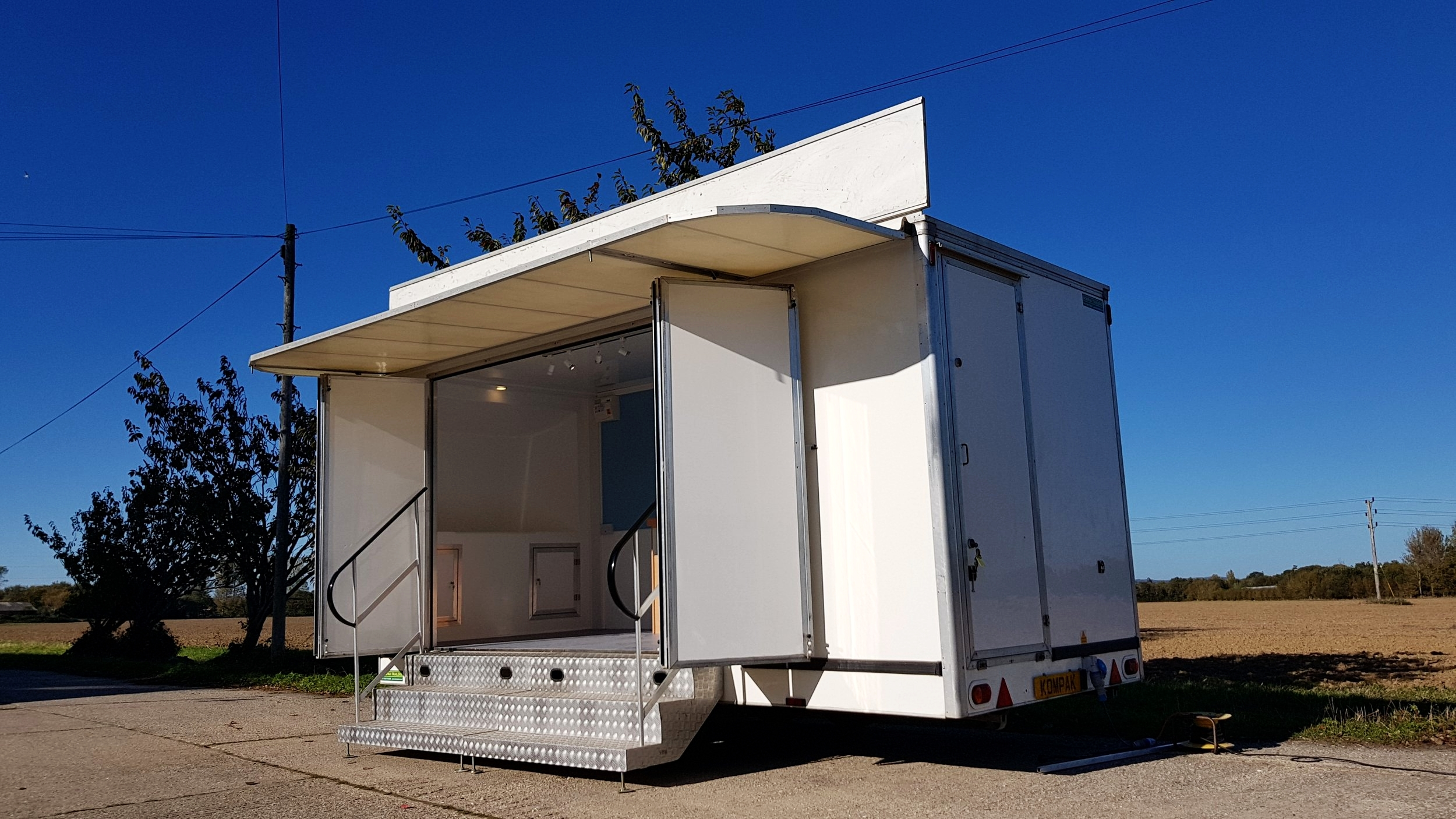 Exhibition trailer | Second hand trailer | Display trailer | Promotional vehicle | product promotion | Second hand display unit