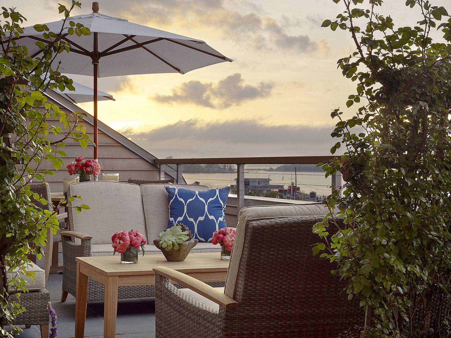 12_Harbor View_Terrace_Sunset.jpg