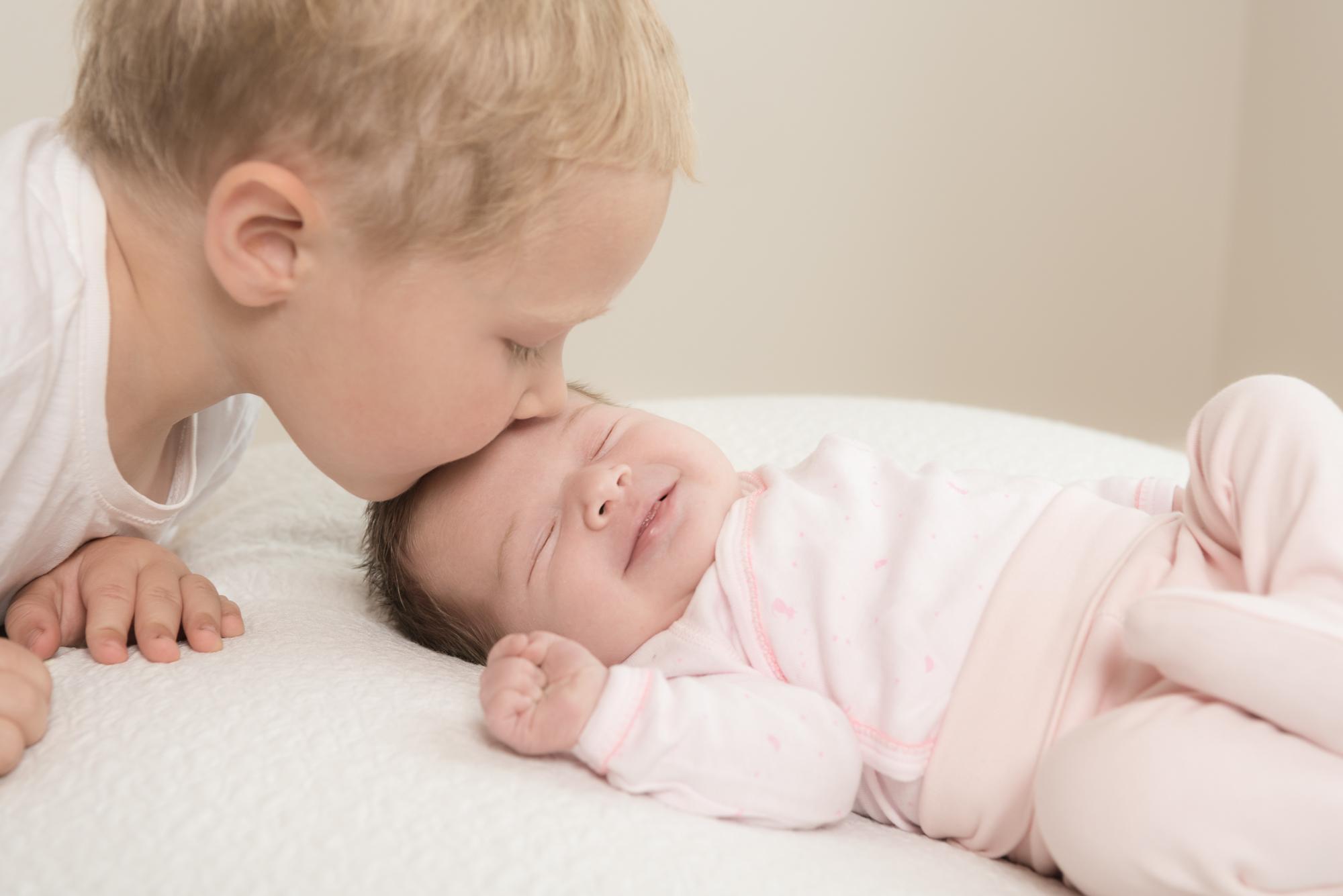 105-Nyfødt_famile_kjærlighet_glede_baby.jpg