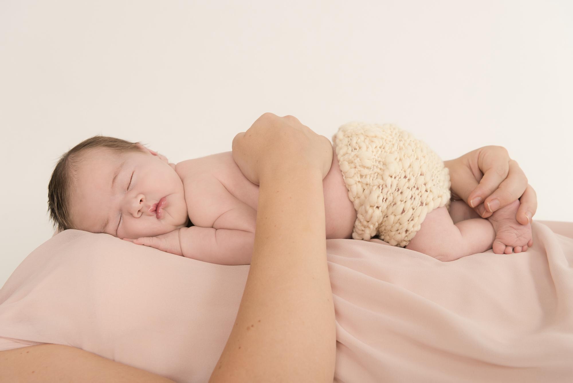 113-Nyfødt_famile_kjærlighet_glede_baby.jpg