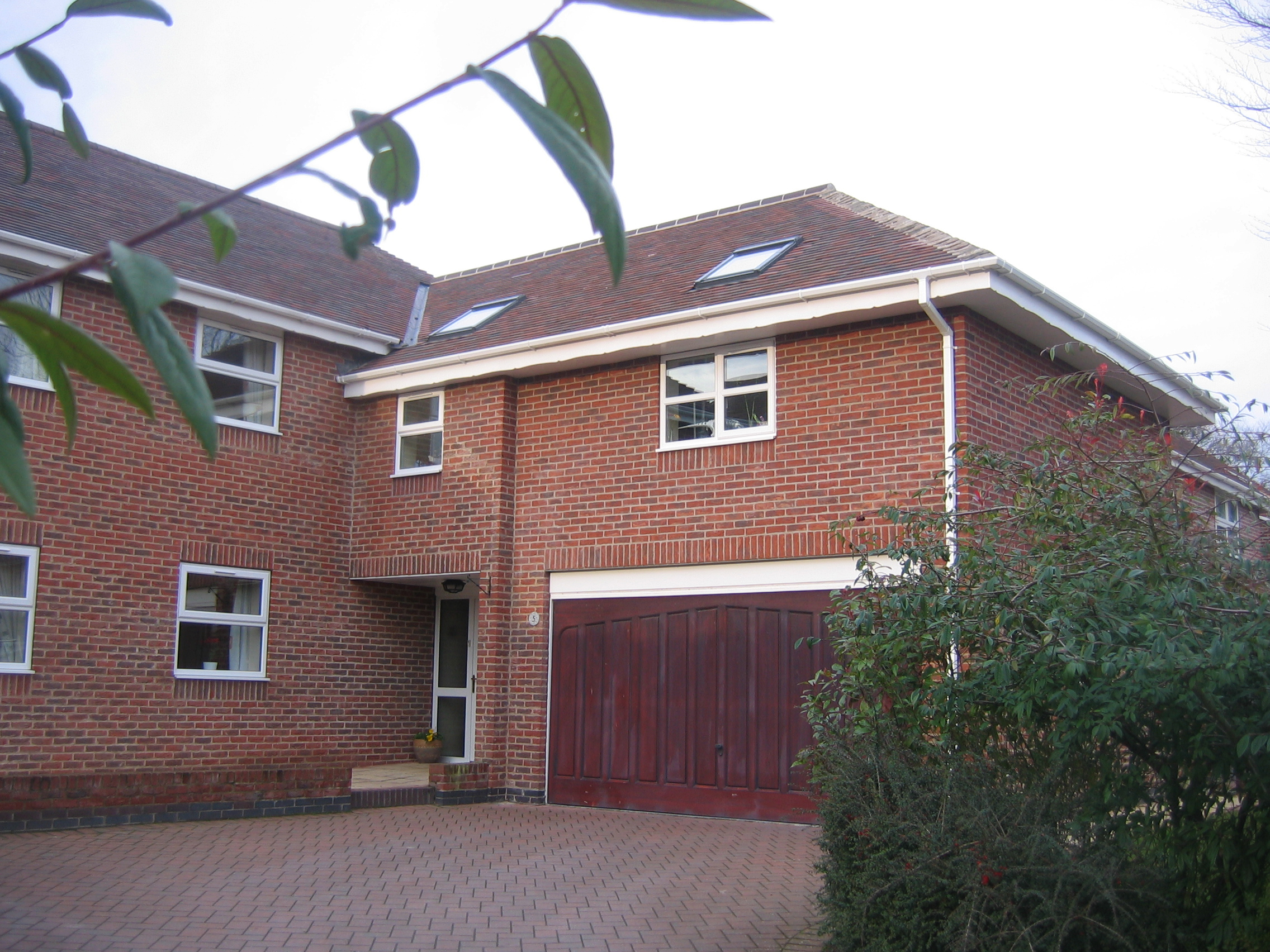 COPPER BEECH CLOSE, SWANLAND.JPG