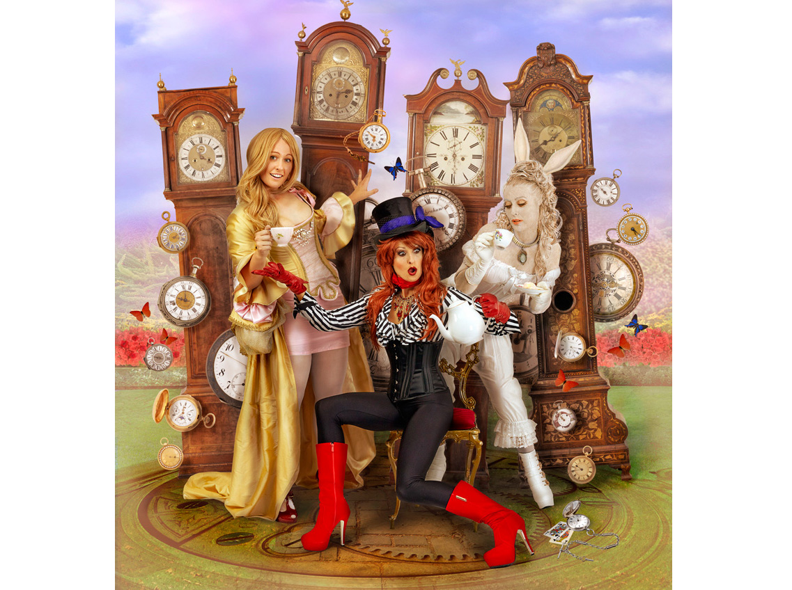 Hatter and the Clocks 800px.jpg