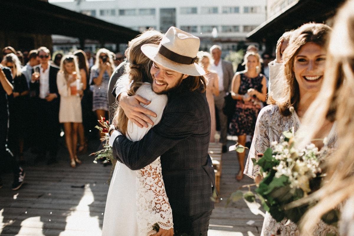 best friend hugging the bride