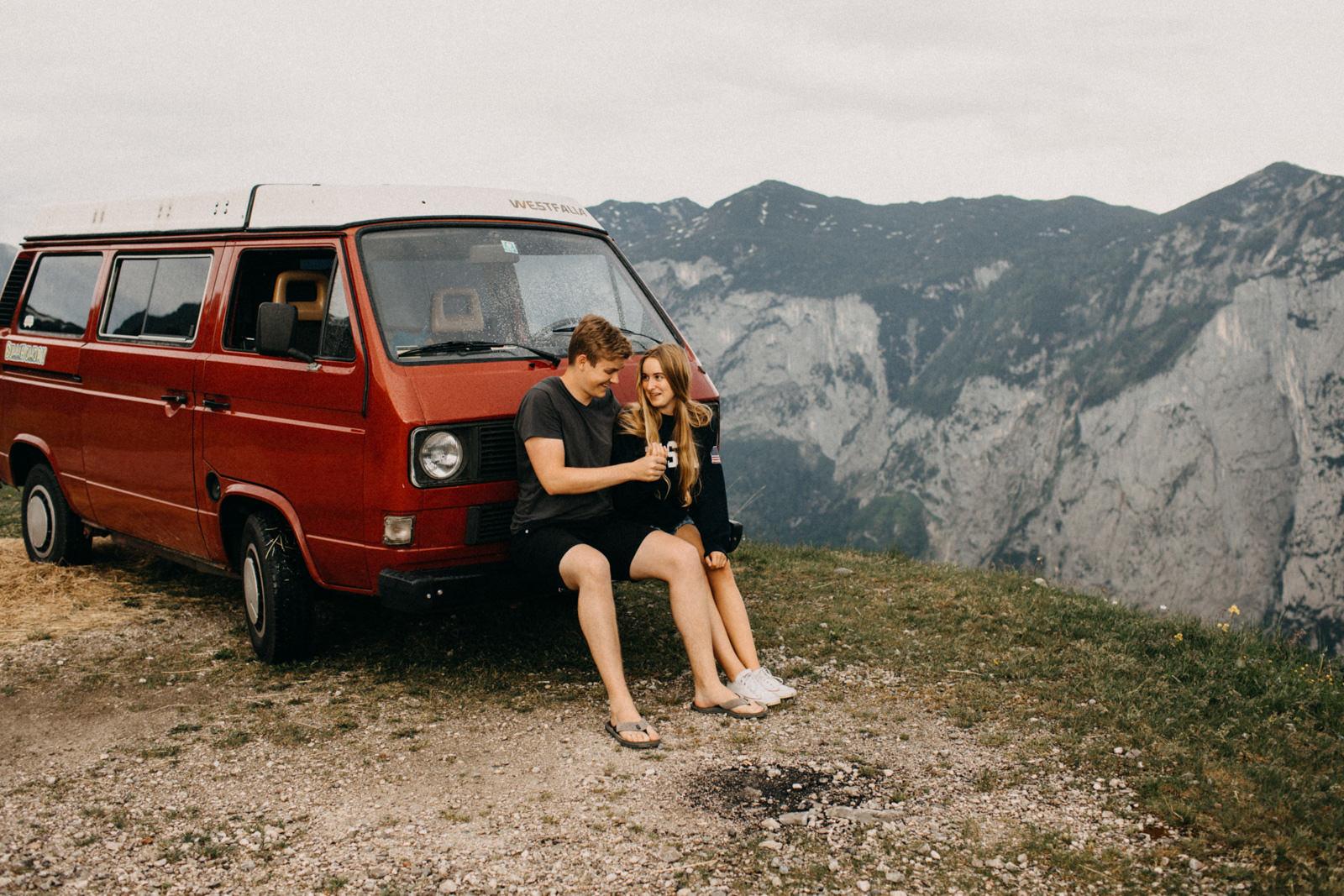 vw bus couple session