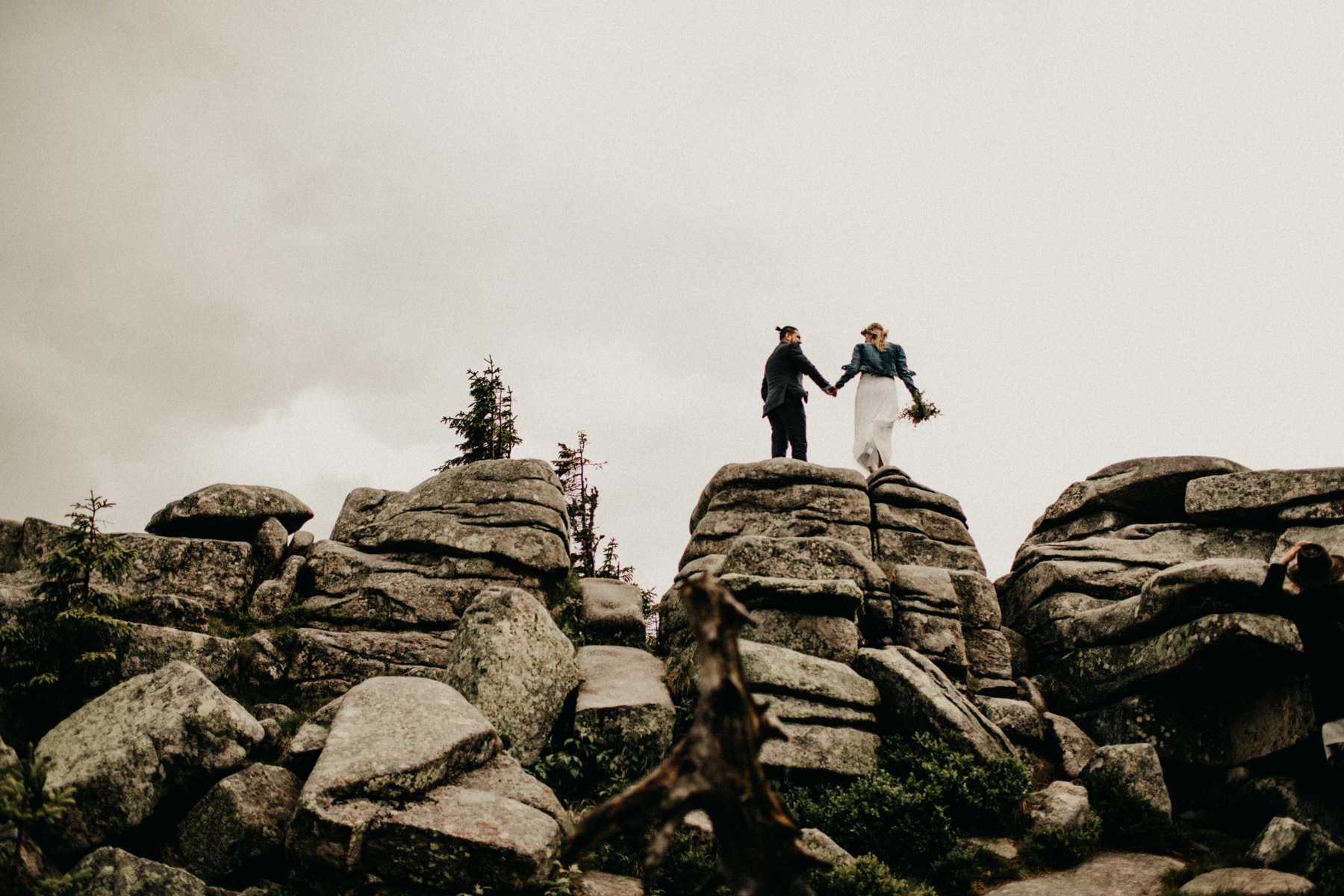 epic wedding on the mountaintop