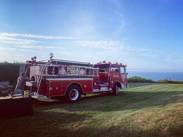 Can't beat this view! Still plenty of summer left 🍕🚒🔥 #3rdalarmpizza #firetruckpizzaparty