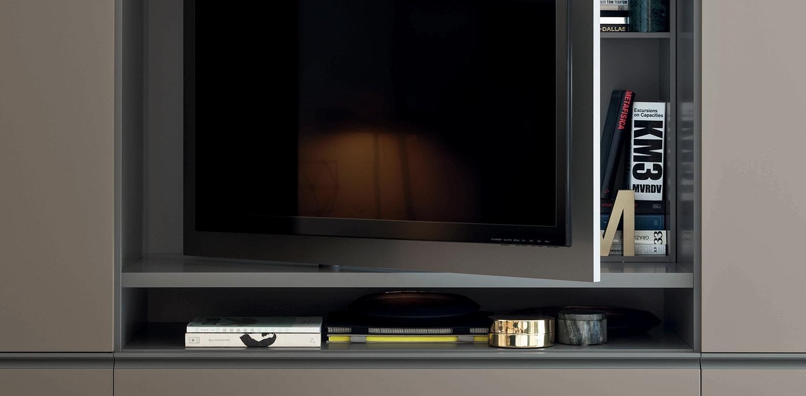 Gola-pannello-porta-tv-battente-cms_3.jpg