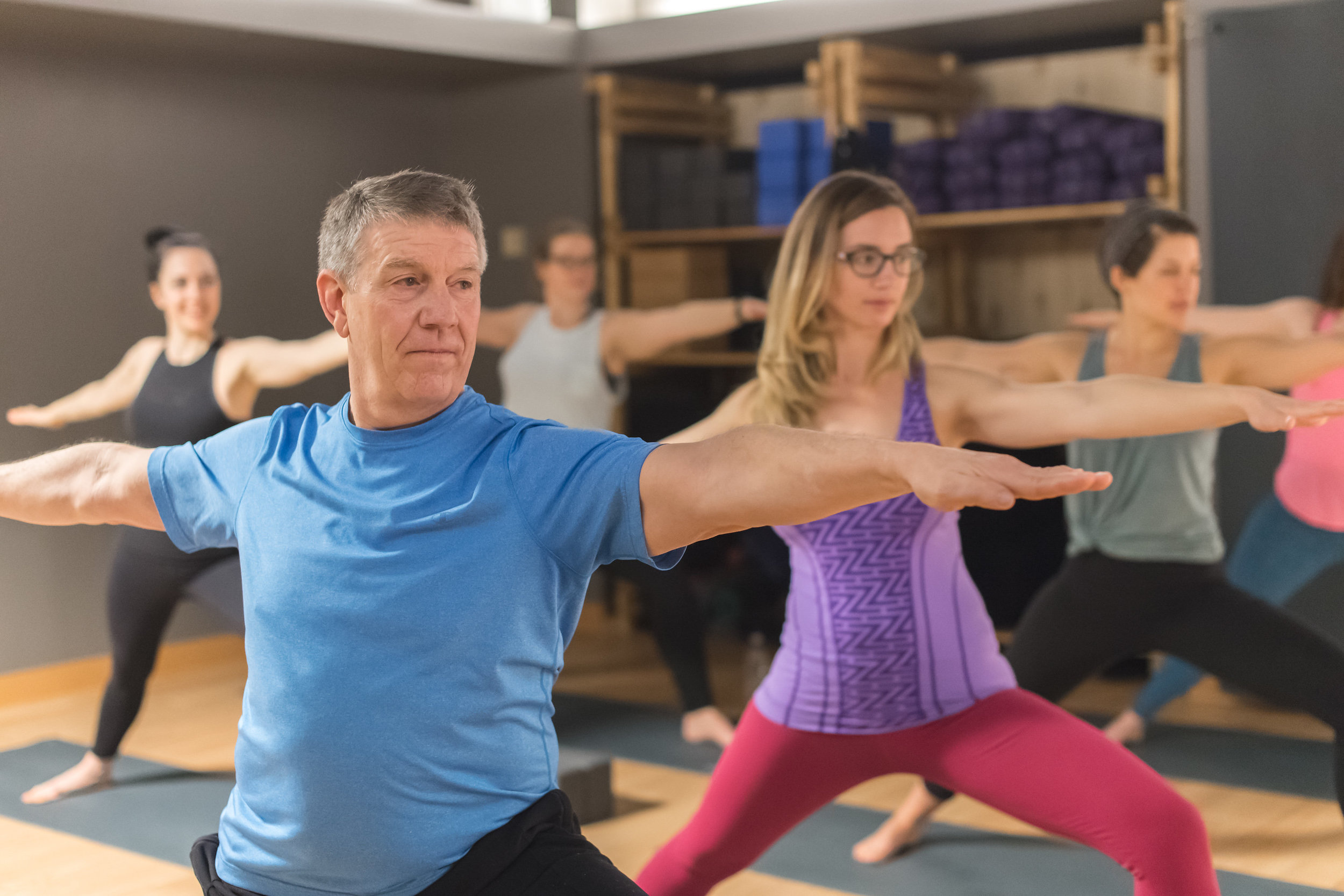 chicago, il - Bottom line yoga