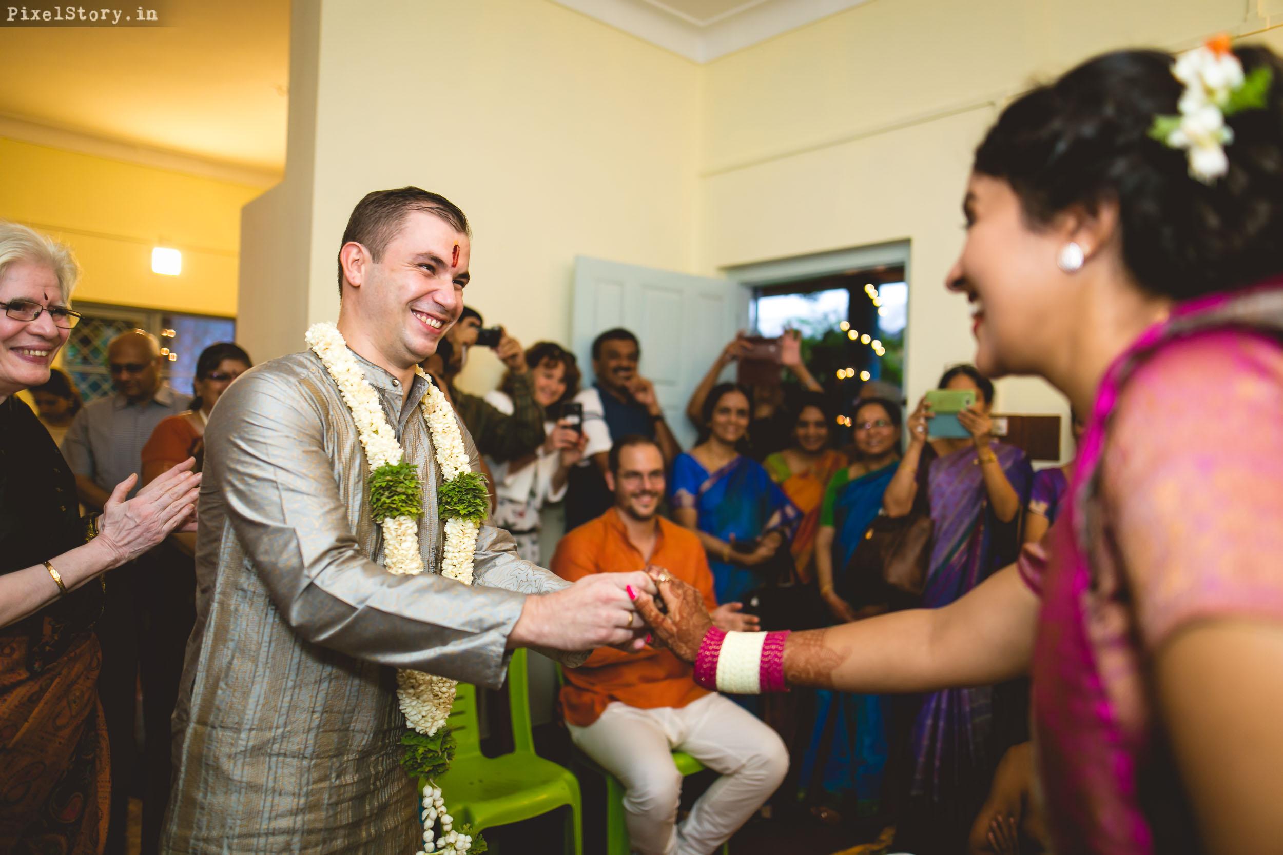 PixelStory-Jungle-Wedding-Photographer-Masinagudi-Indo-French009.jpg