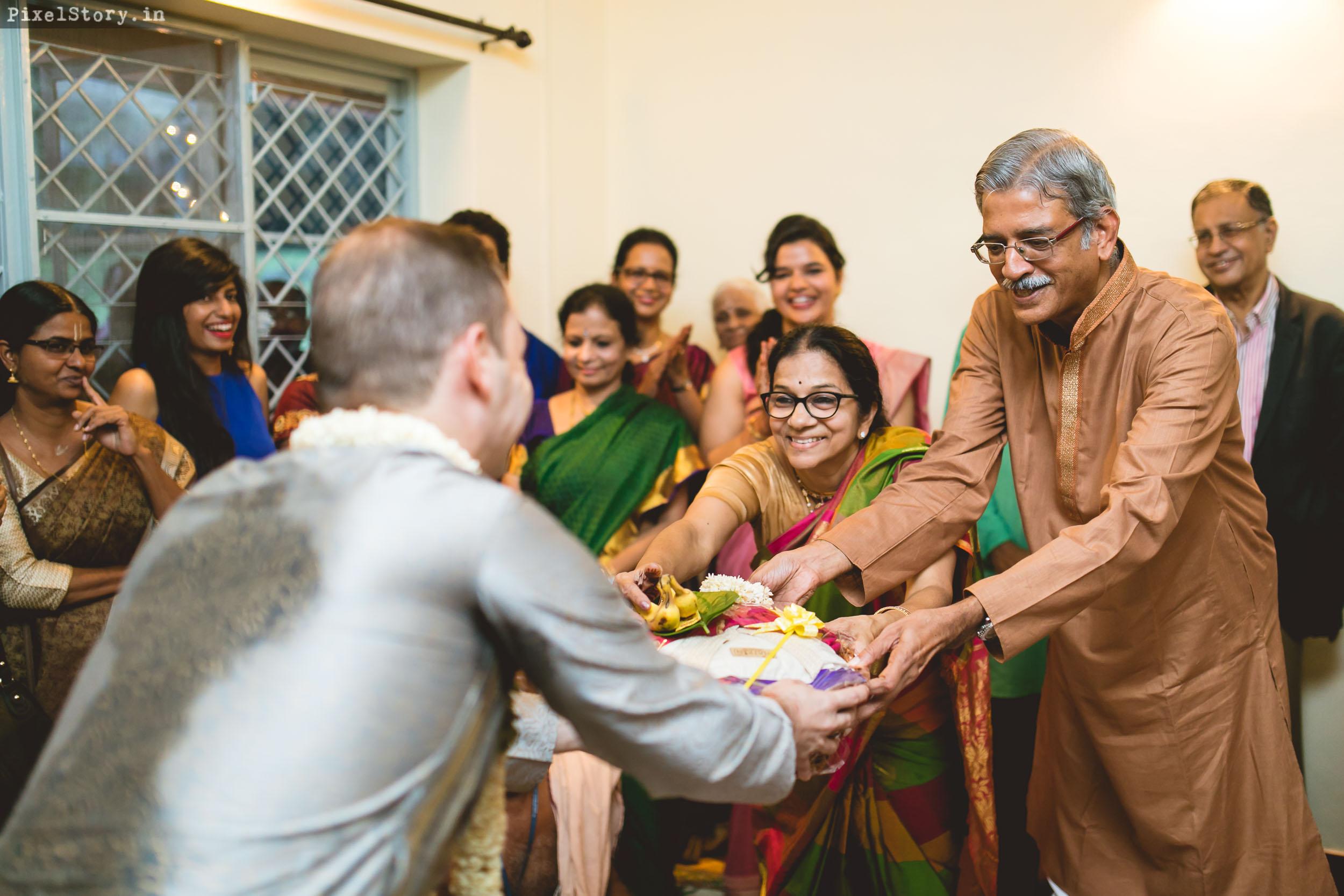 PixelStory-Jungle-Wedding-Photographer-Masinagudi-Indo-French010.jpg