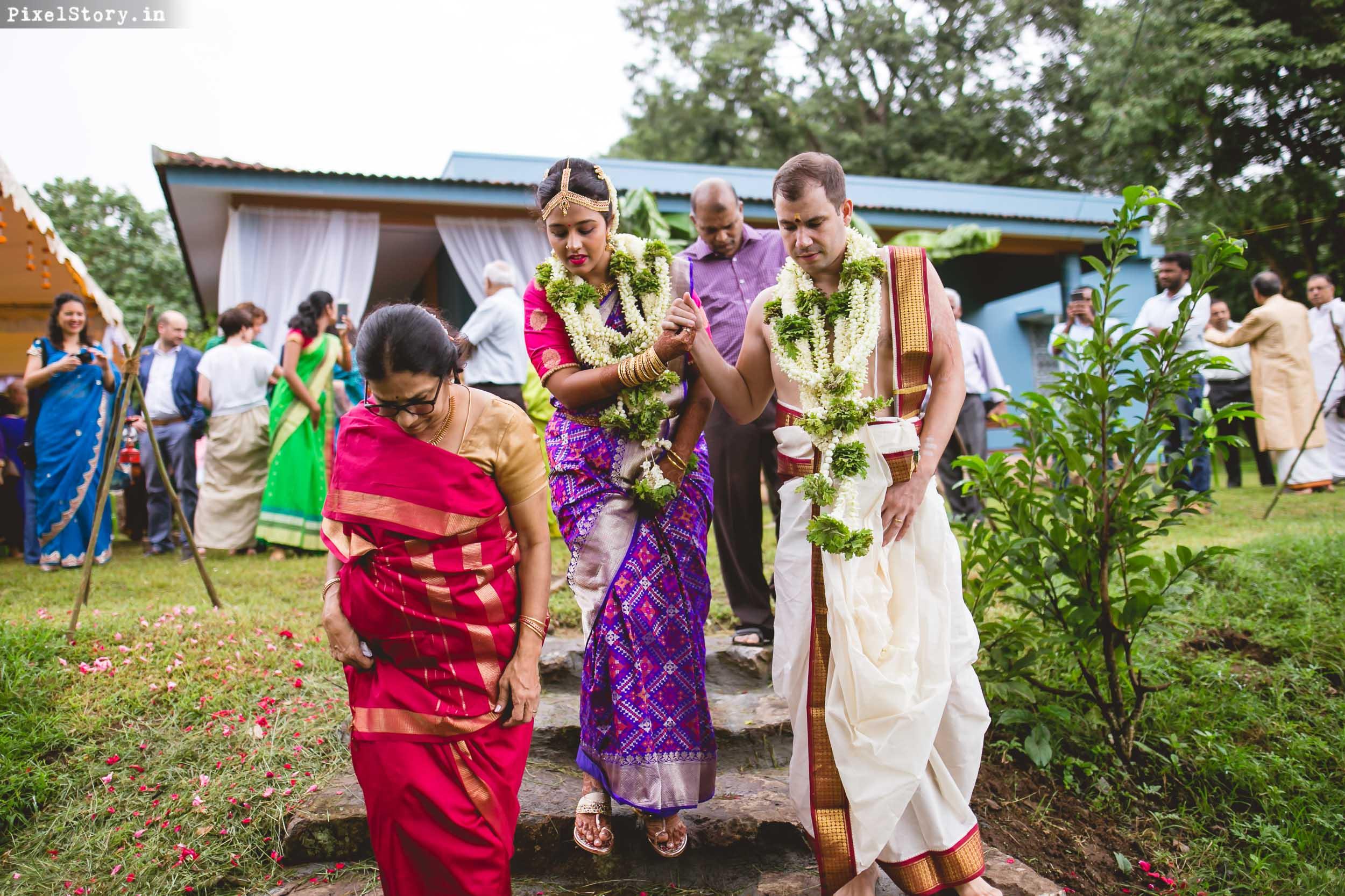 PixelStory-Jungle-Wedding-Photographer-Masinagudi-Indo-French047.jpg
