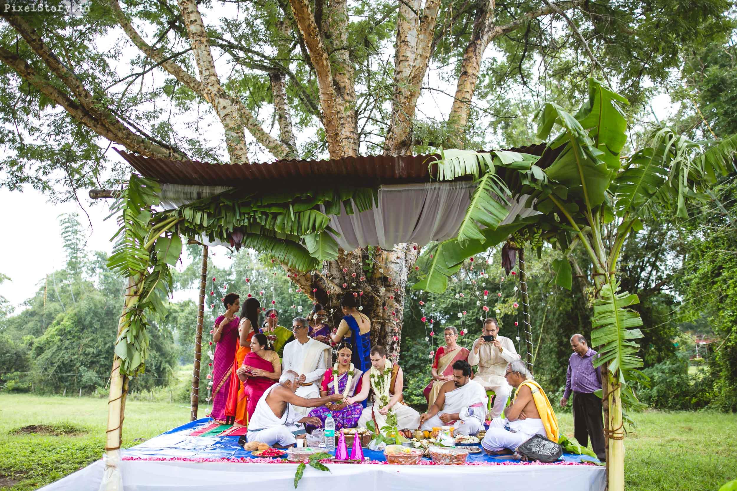 PixelStory-Jungle-Wedding-Photographer-Masinagudi-Indo-French049.jpg