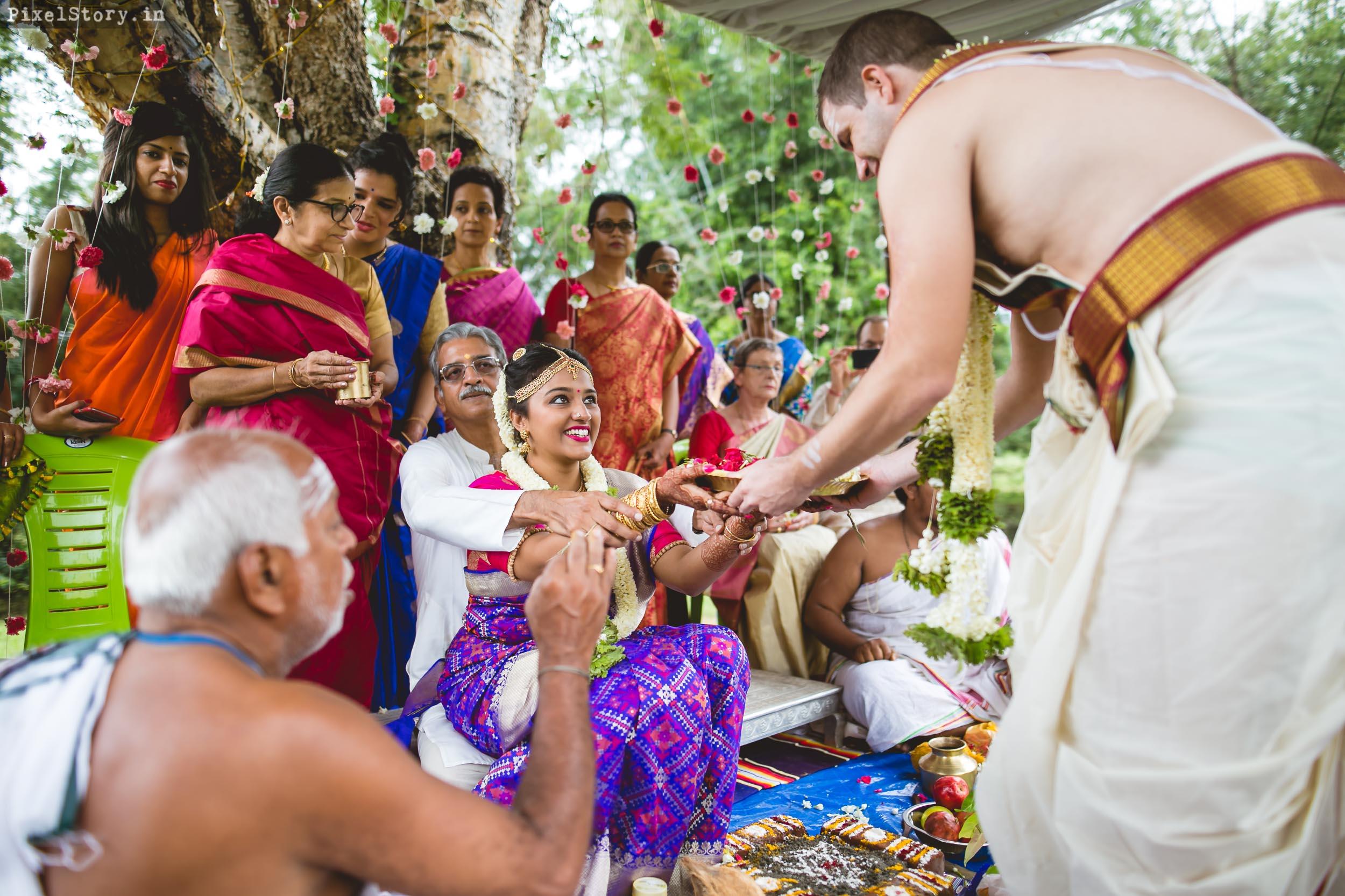 PixelStory-Jungle-Wedding-Photographer-Masinagudi-Indo-French054.jpg