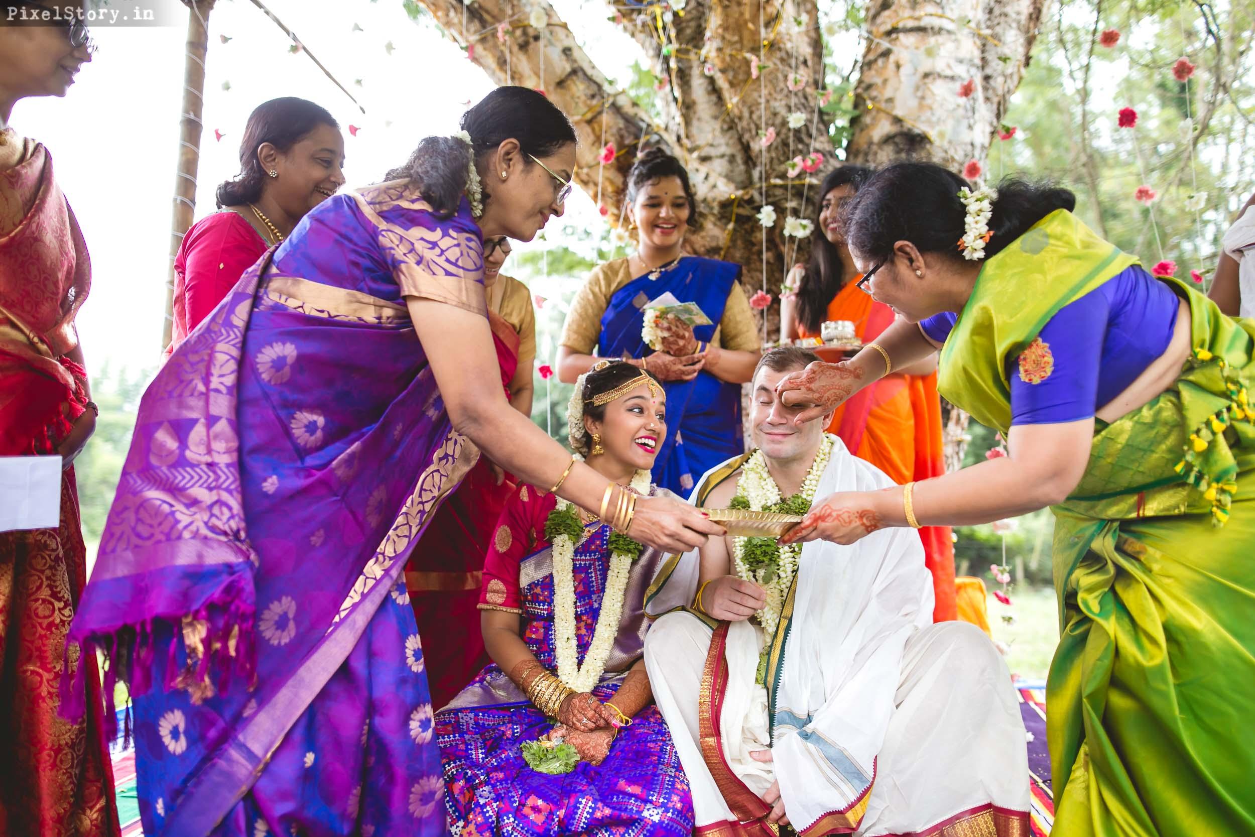 PixelStory-Jungle-Wedding-Photographer-Masinagudi-Indo-French077.jpg