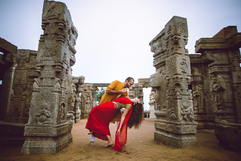 Pre-wedding-Bangalore-Lepakshi-Temple-Pixelstory- photographer-7485.jpg