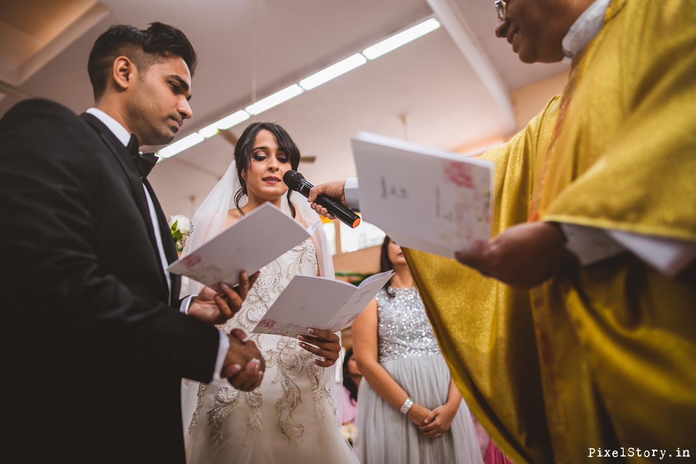 Christian-Catholic-Chruch-Wedding-Bangalore-Photographer-6050.jpg