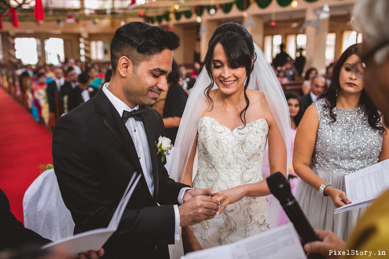 Christian-Catholic-Chruch-Wedding-Bangalore-Photographer-7314.jpg